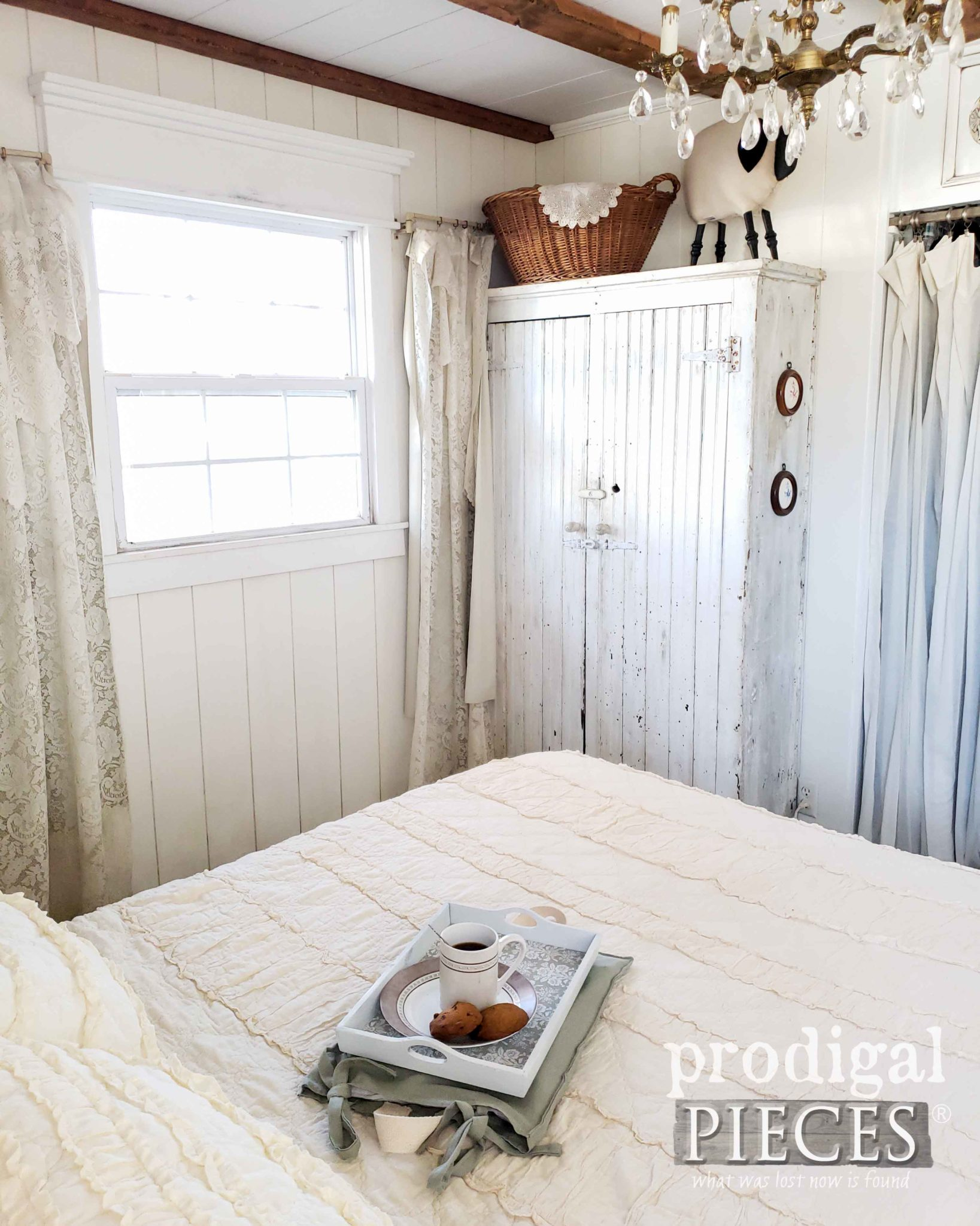 Rustic Farmhouse Chic Bedroom with Chippy Cupboard | Prodigal Pieces | prodigalpieces.com #prodigalpieces #farmhouse #home #homedecor #homedecorideas