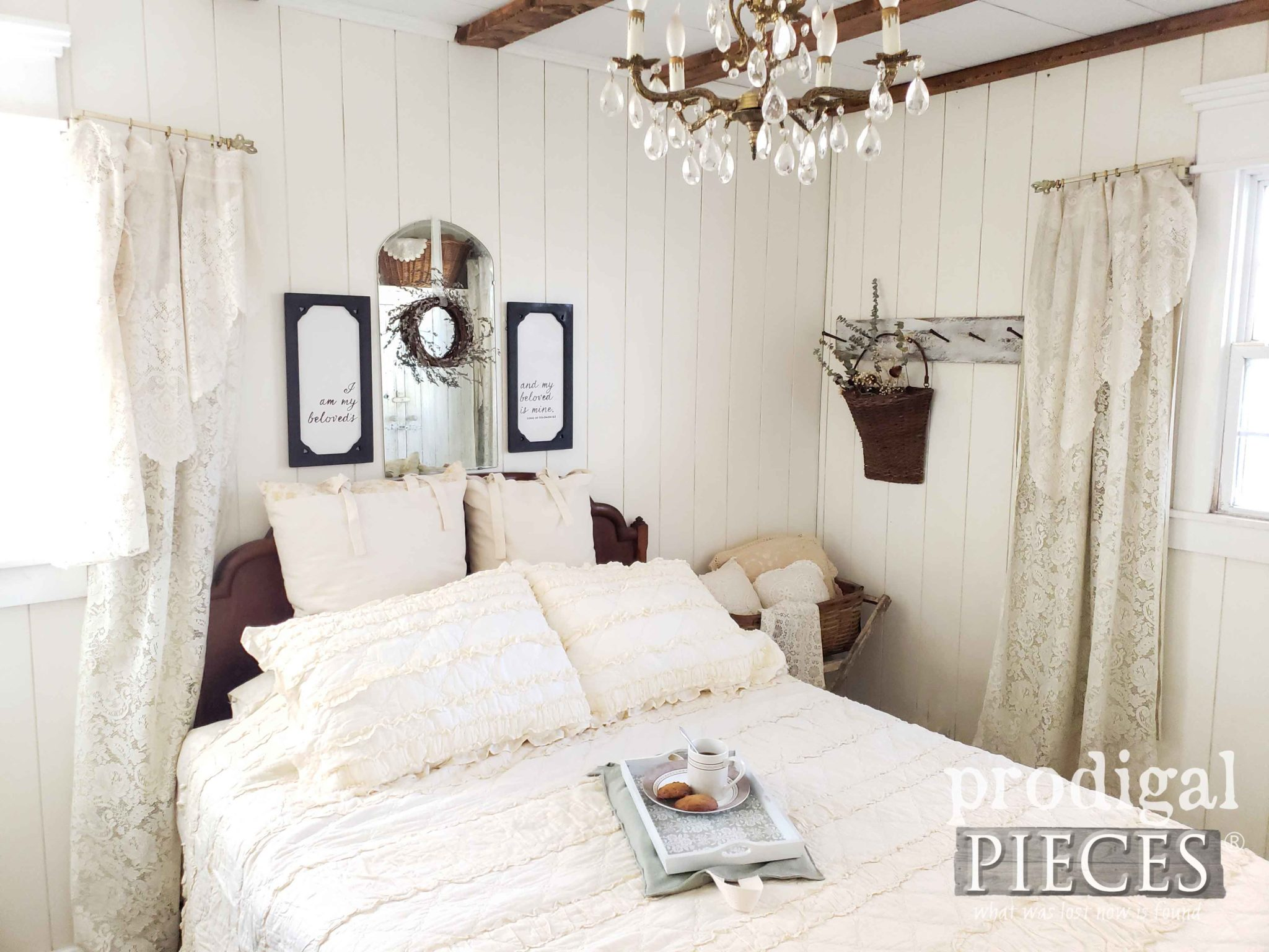 Farmhouse Style Bedroom with Upcycled Christmas Decor Fun by Larissa of Prodigal Pieces | prodigalpieces.com #prodigalpieces #farmhouse #bedroom #diy #handmade #home #homedecor #homedecorideas