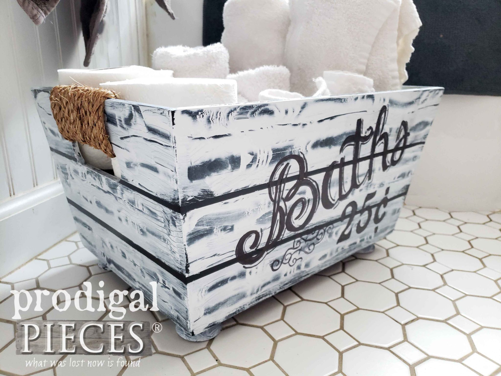 Sisal Rope Handled Bin for Farmhouse Bathroom Decor by Prodigal Pieces | prodigalpieces.com #prodigalpieces #diy #handmade #farmhouse #home #homedecor #homedecorideas