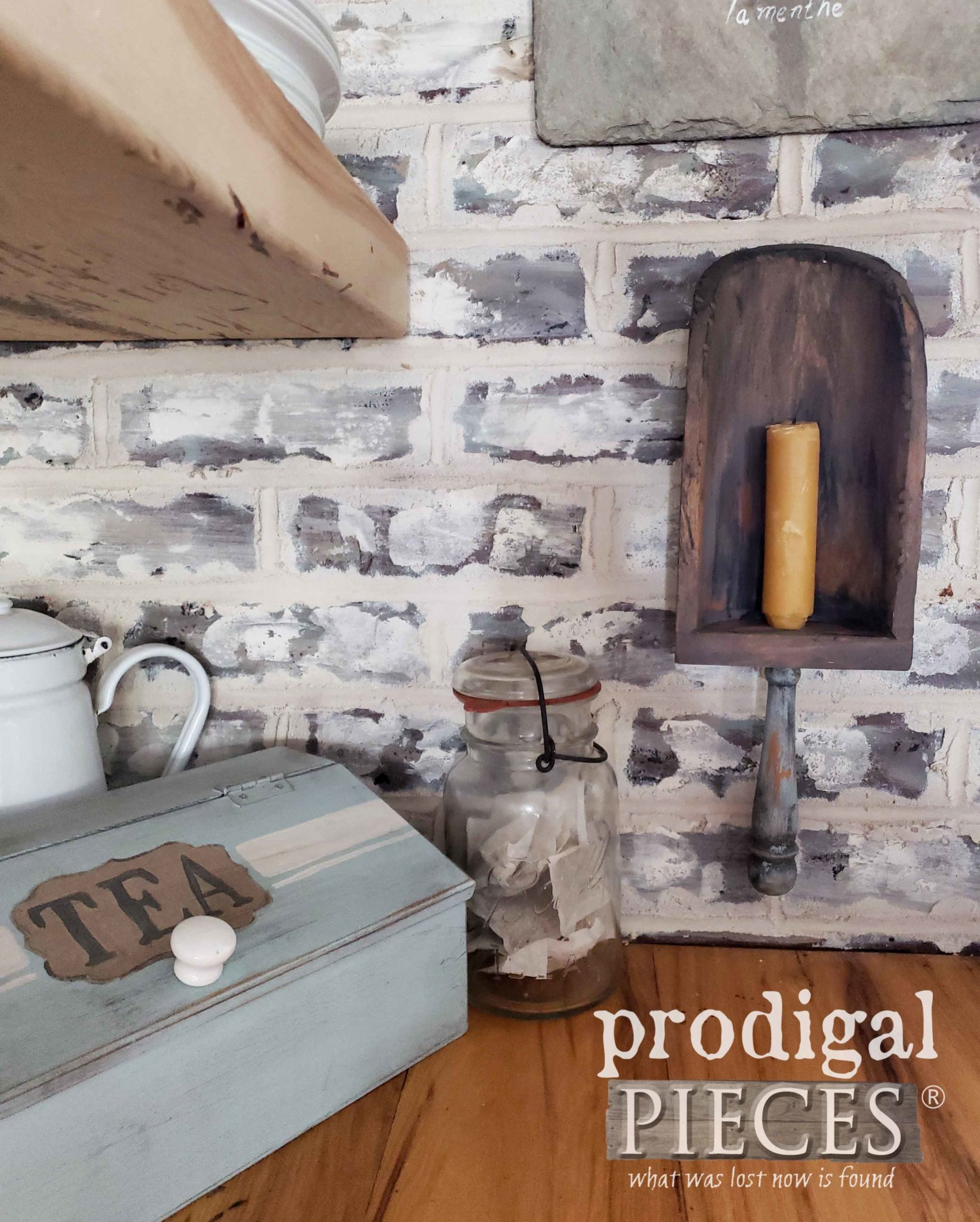 Rustic Farmhouse Kitchen Decor Handmade by Larissa of Prodigal Pieces | prodigalpieces.com #prodigalpieces #handmade #diy #farmhouse #home #homedecor #homedecorideas #shopping #vintage