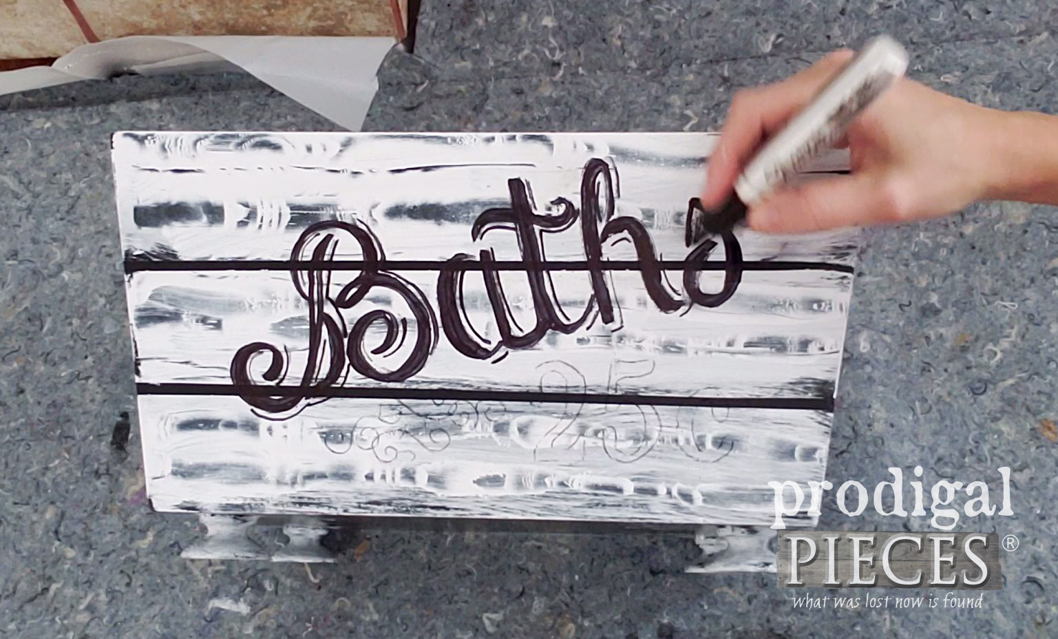 Using Sharpie Markers to Create Typography Design | prodigalpieces.com