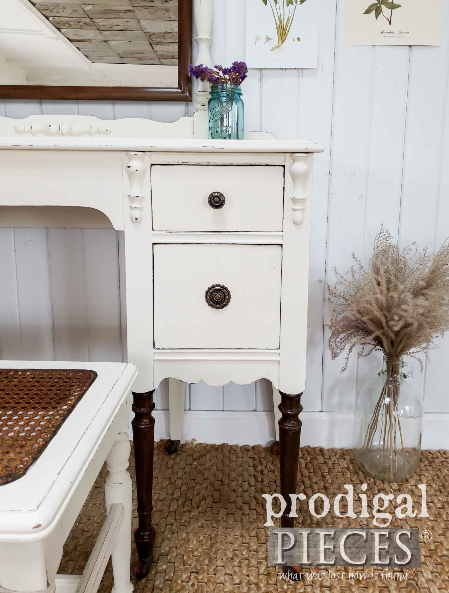 Gel Stained Antique Dressing Table Legs | prodigalpieces.com #prodigalpieces #diy #farmhouse #furniture #home #homedecor #homedecorideas