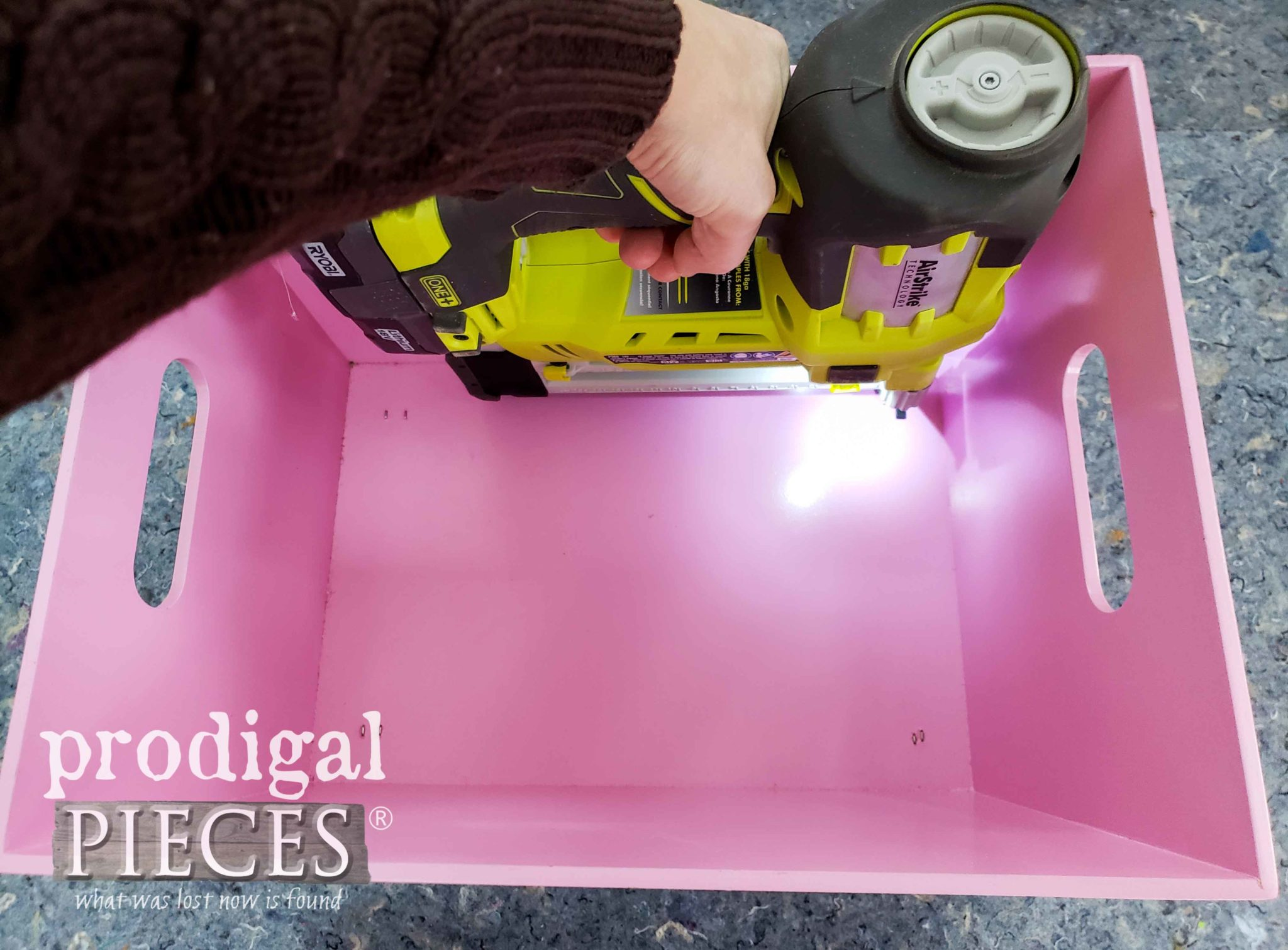 Stapling Knob Feet to Bin with Ryobi Stapler | prodigalpieces.com