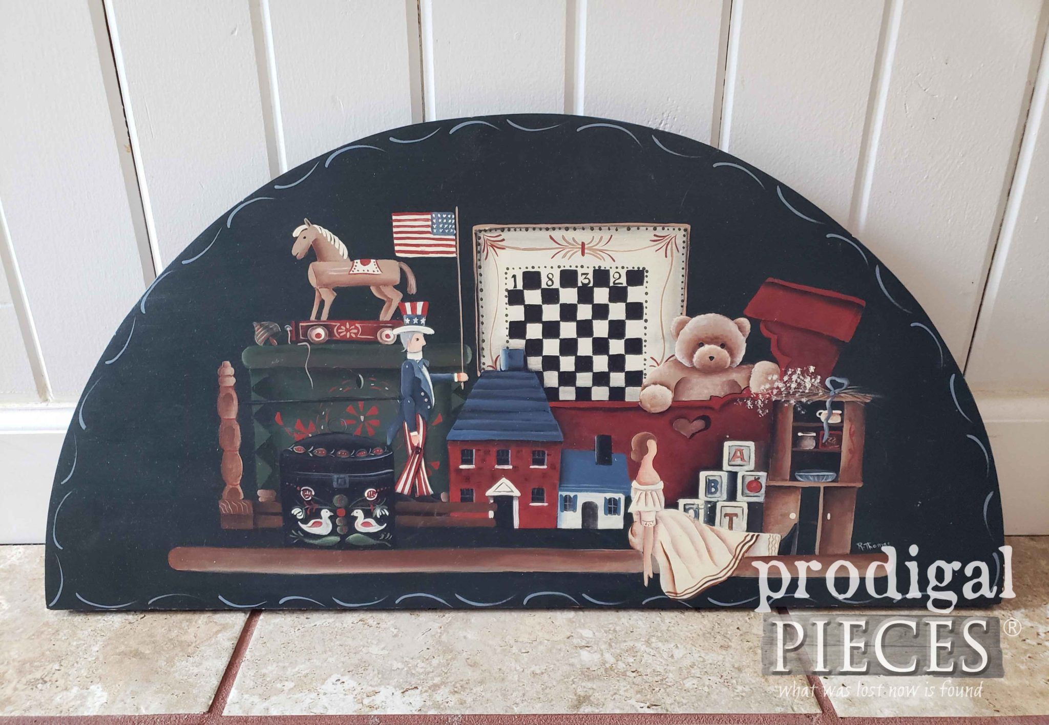 Thrifted Americana Wall Art Before Makeover by Prodigal Pieces | prodigalpieces.com