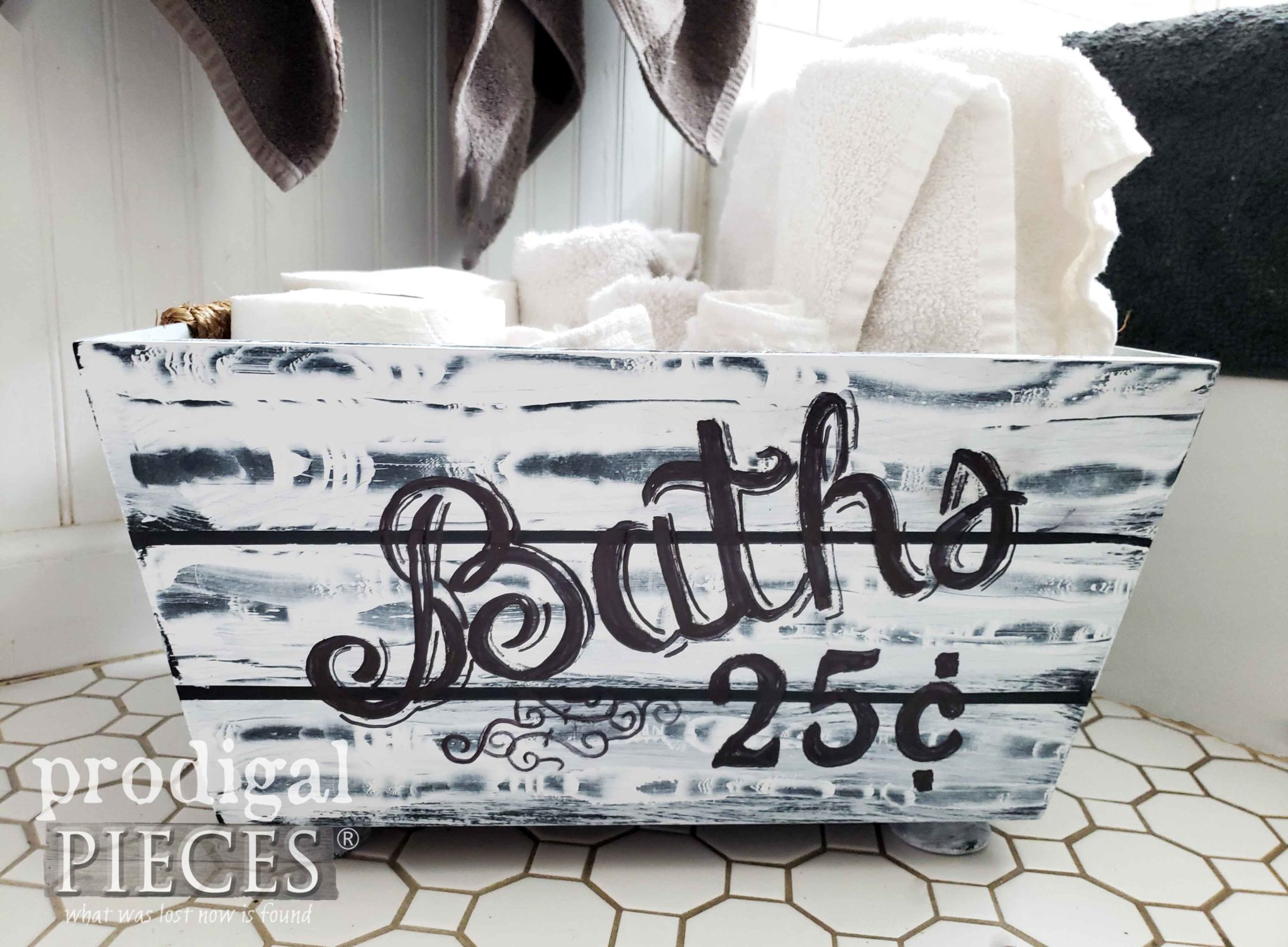 Vintage Style Bathroom Storage for Farmhouse Decor | Video tutorial by Larissa of Prodigal Pieces | prodigalpieces.com #prodigalpieces #diy #farmhouse #bathroom #home #shopping #vintage #homedecor #homedecorideas