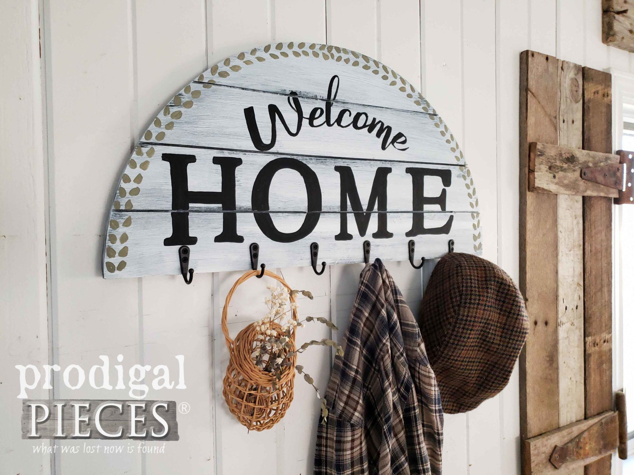 DIY Welcome Home Coat Rack Created by Larissa of Prodigal Pieces | Tutorial at prodigalpieces.com #prodigalpieces #farmhouse #diy #home #homedecor #homedecorideas