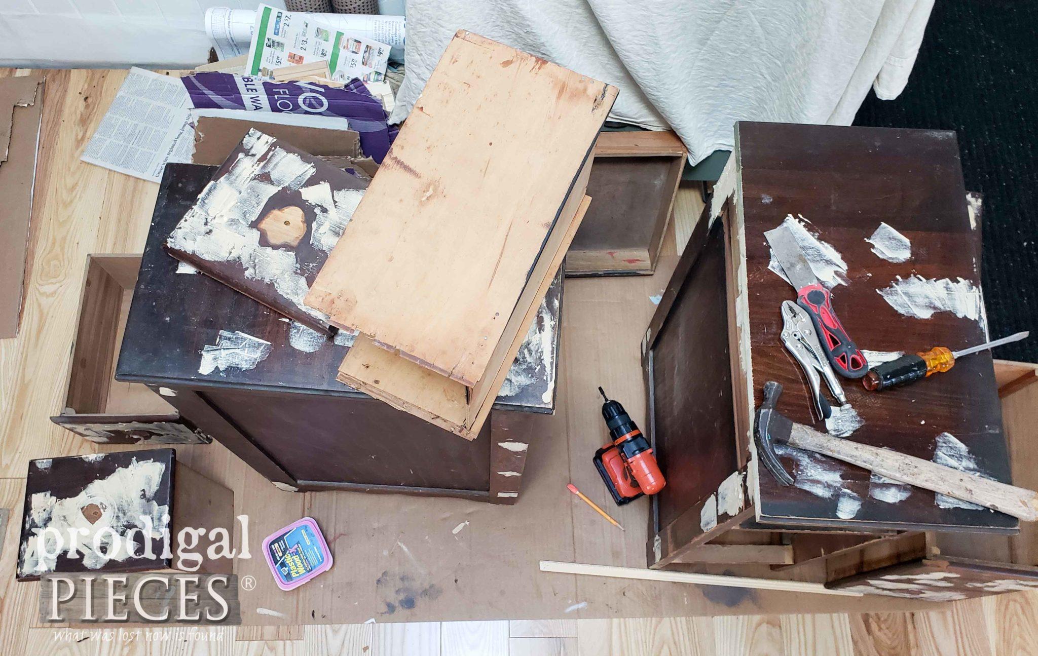 Hot Mess of a Desk by Prodigal Pieces | prodigalpieces.com
