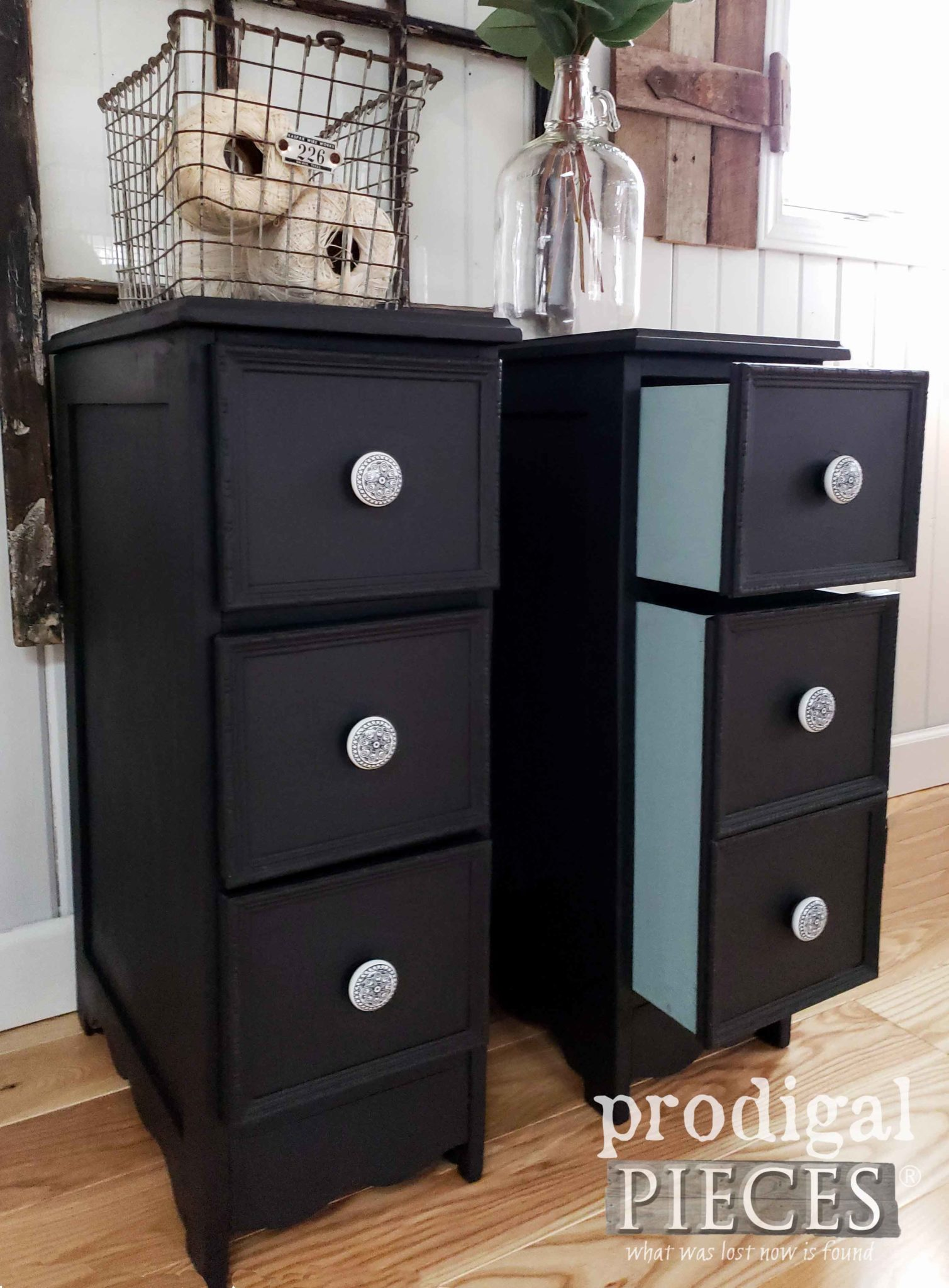 Peek-a-Book Drawers for Nightstands by Prodigal Pieces | prodigalpieces.com #prodigalpieces #diy #farmhouse #furniture #home #homedecor #homedecorideas