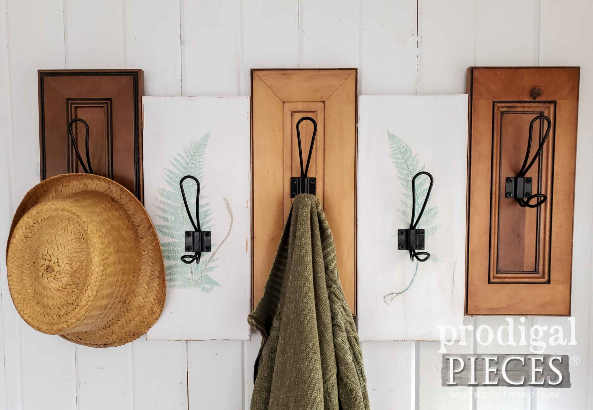 Reclaimed Coat Rack made out of Upcycled Drawer Fronts by Larissa of Prodigal Pieces | prodigalpieces.com #prodigalpieces #diy #handmade #home #farmhouse #homedecor #homedecorideas