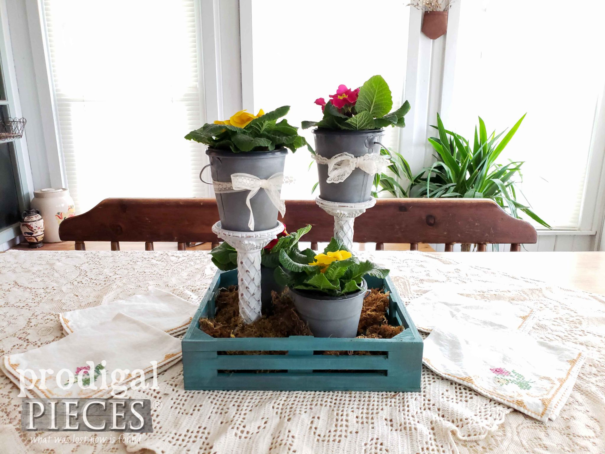 Beautiful Upcycled Spring Centerpiece with Video Tutorial by Larissa of Prodigal Pieces | prodigalpieces.com #prodigalpieces #diy #home #homedecor #farmhouse #vintage #spring #homedecorideas
