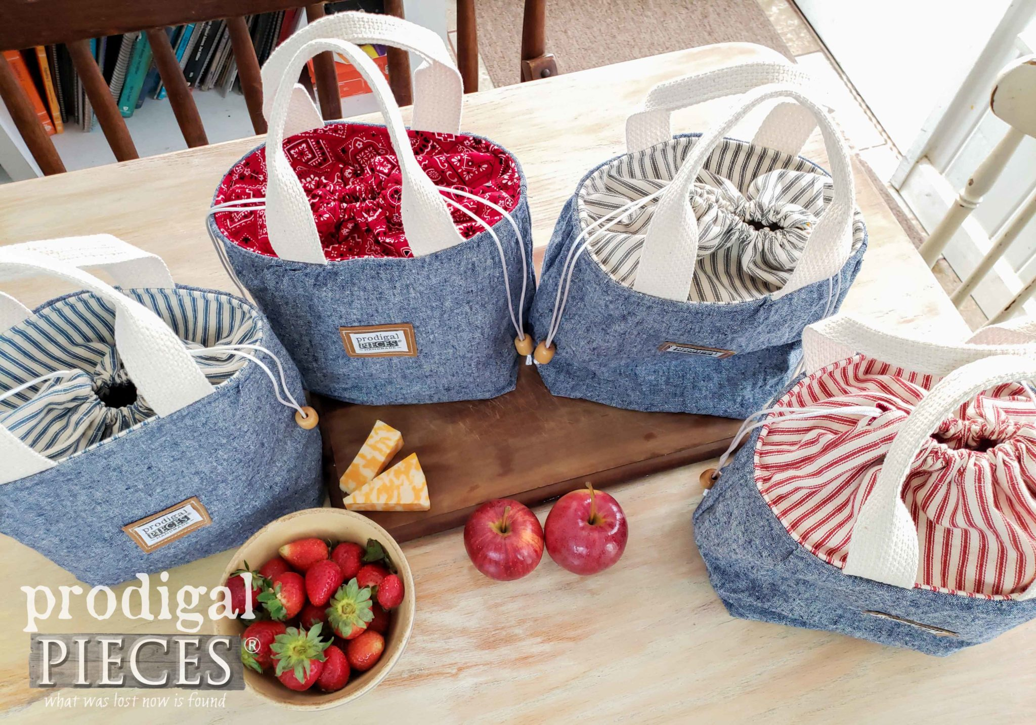 Denim Linen Lunch Bag Assortment by Larissa of Prodigal Pieces | prodigalpieces.com #prodigalpieces #handmade #fashion #diy #sewing #home