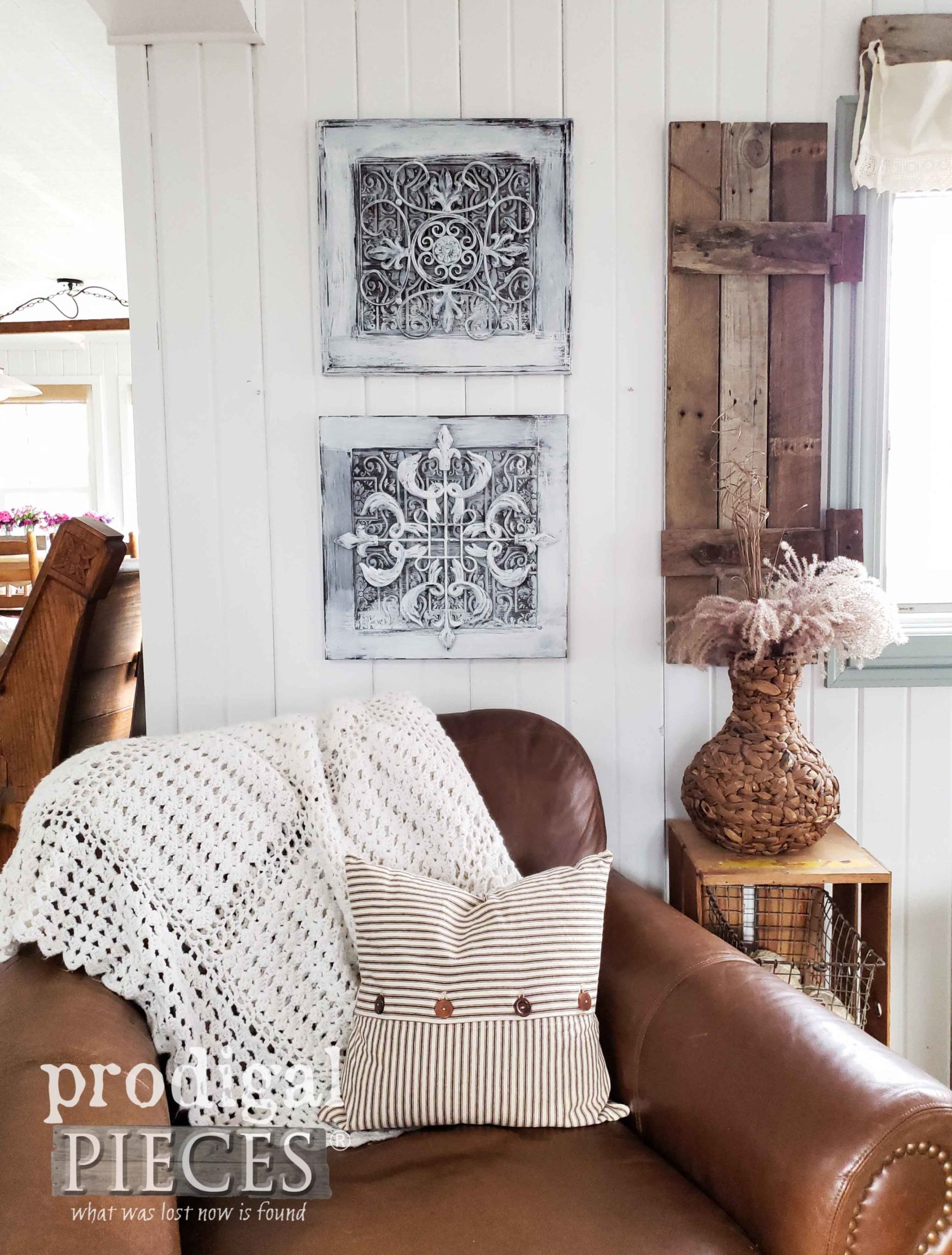 DIY Farmhouse Pressed Ceiling Tin Wall Art by Larissa of Prodigal Pieces | prodigalpieces.com #prodigalpieces #diy #farmhouse #homedecor #home