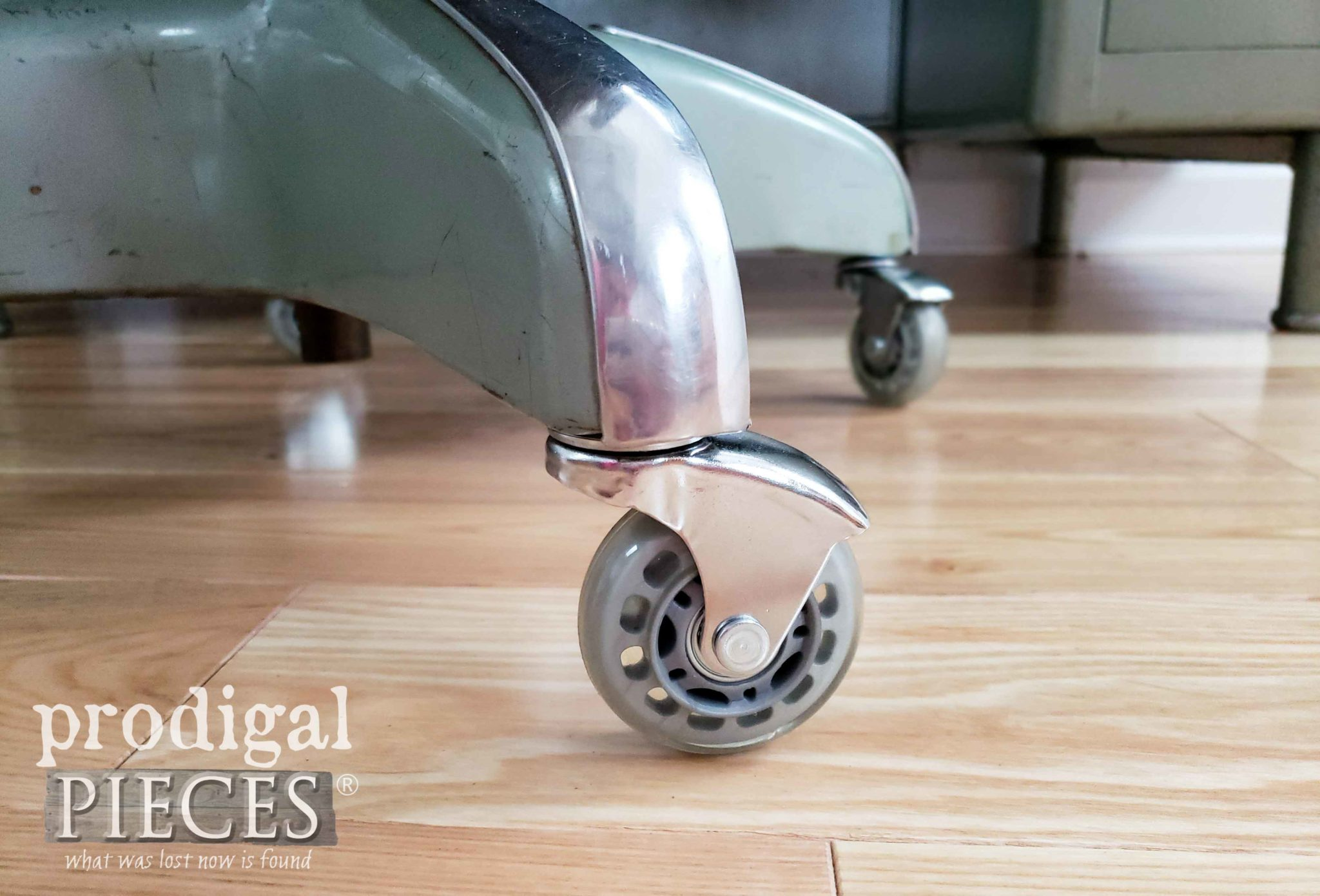New Chair Caster for Hardwood Floors | Upholstery Tutorial by Larissa of Prodigal Pieces | prodigalpieces.com #prodigalpieces #diy #tutorial #home #furniture #vintage #homedecor #retro