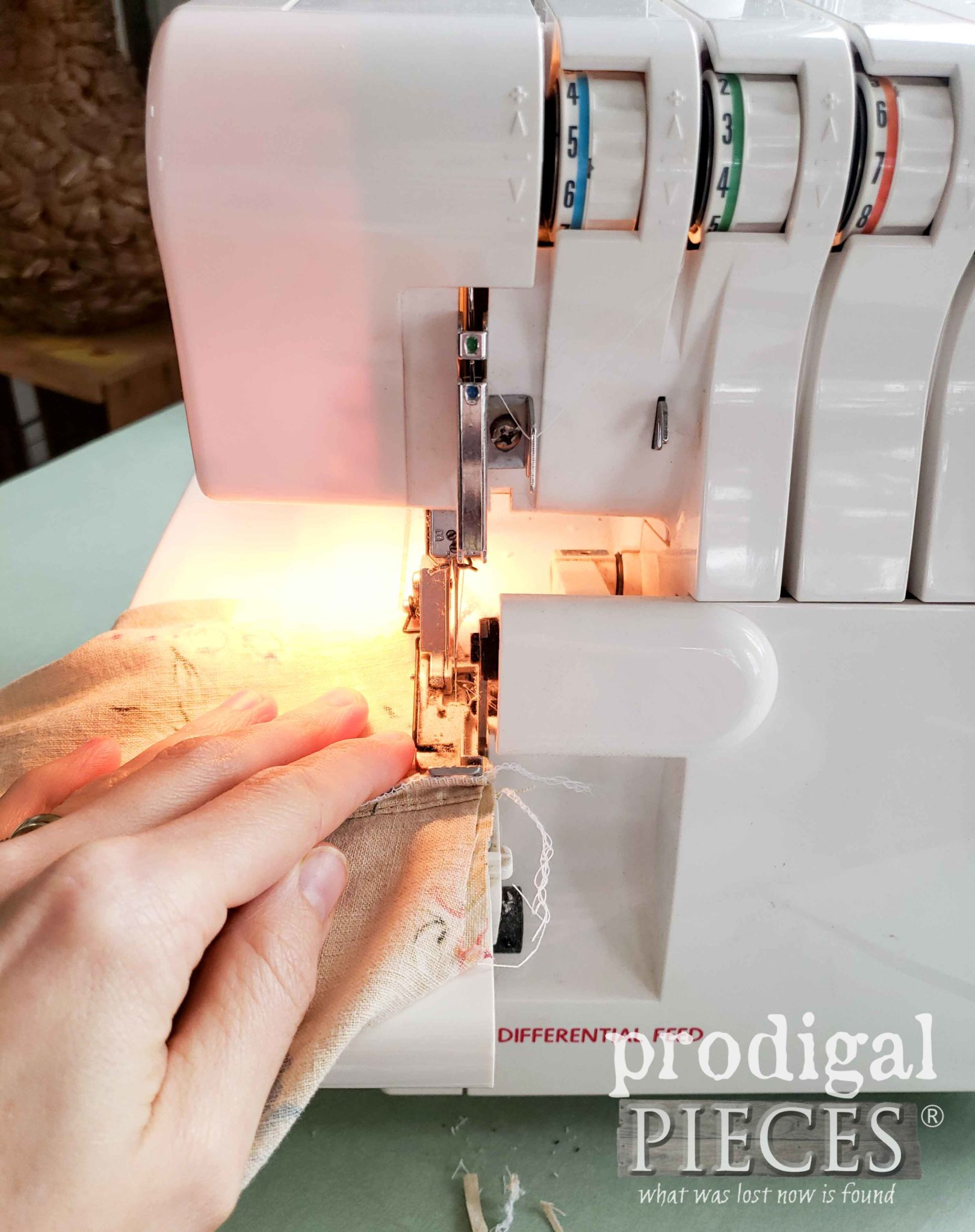 Serging Lunch Bag Layers with Singer Overlock Serger | prodigalpieces.com