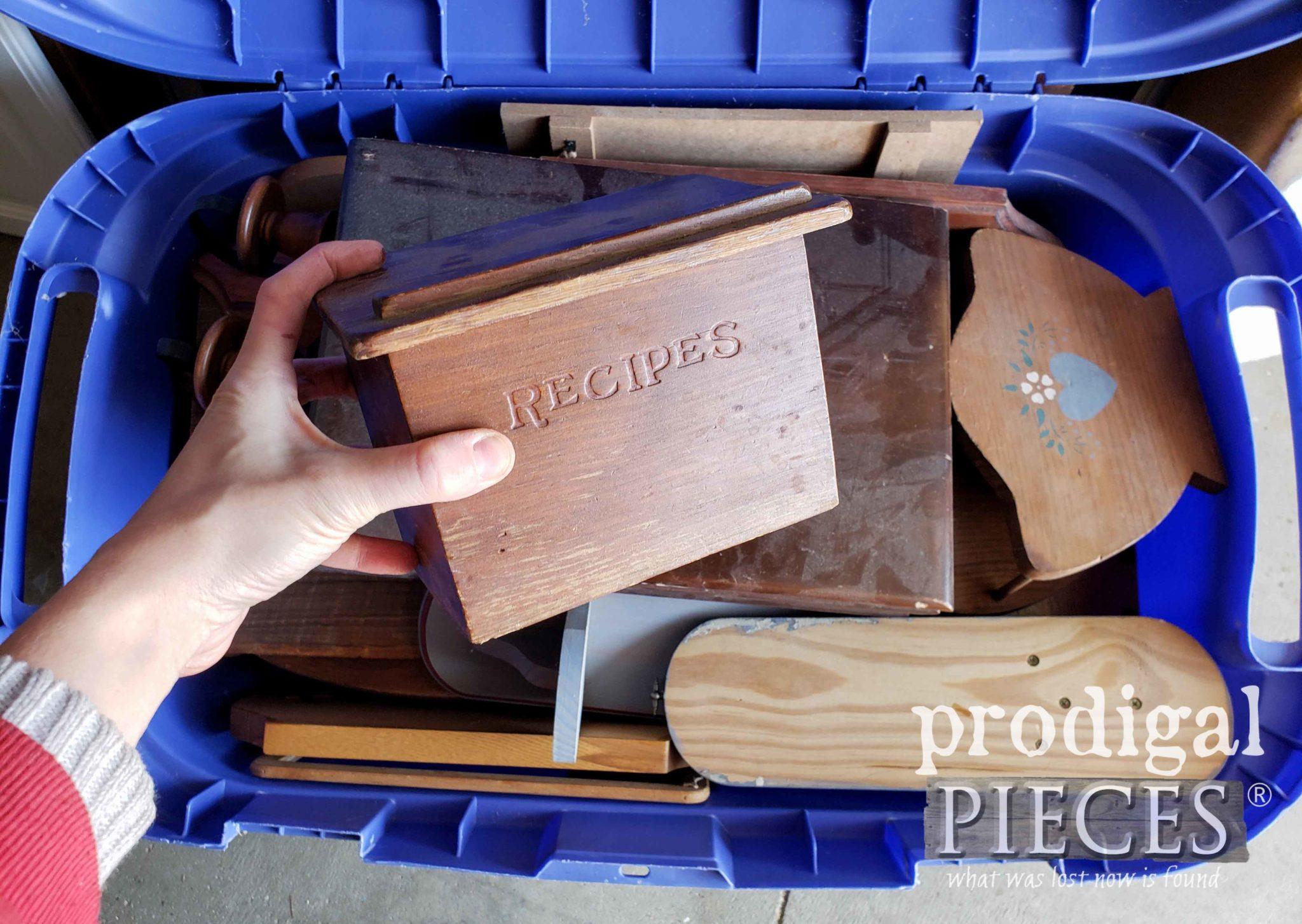 Vintage Recipe Box Before Makeover by Prodigal Pieces | prodigalpieces.com
