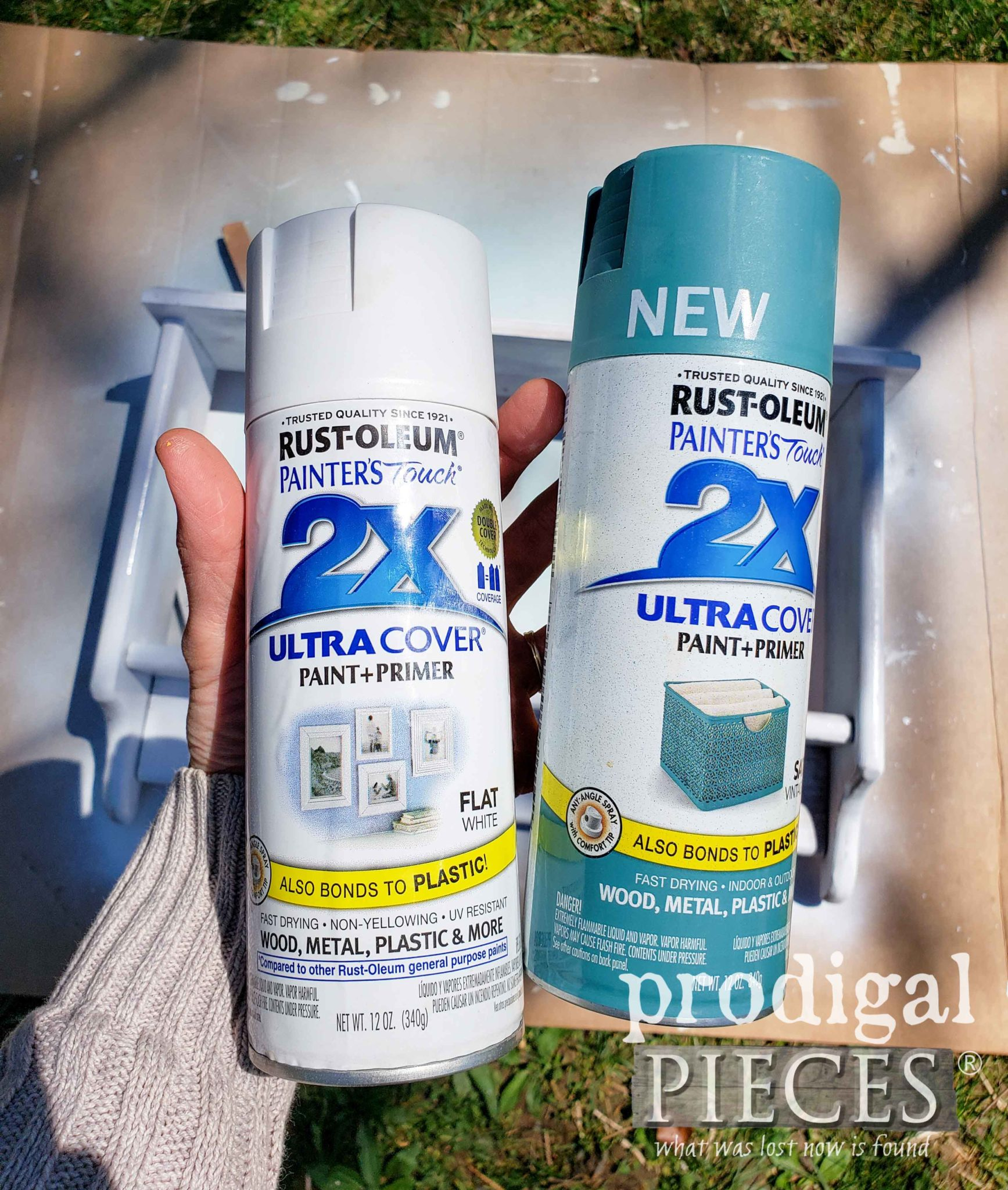 Blue & White Rustoleum Spray Paint for Cottage Style Home Decor | prodigalpieces.com