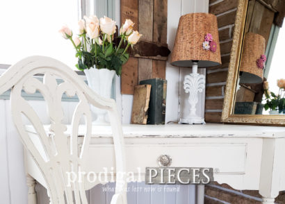 Featured Vintage Corner Writing Desk from Curb to Chic by Larissa of Prodigal Pieces | Details at prodigalpieces.com #prodigalpieces #furniture #home #homedecor #vintage #cottage #shabbychic