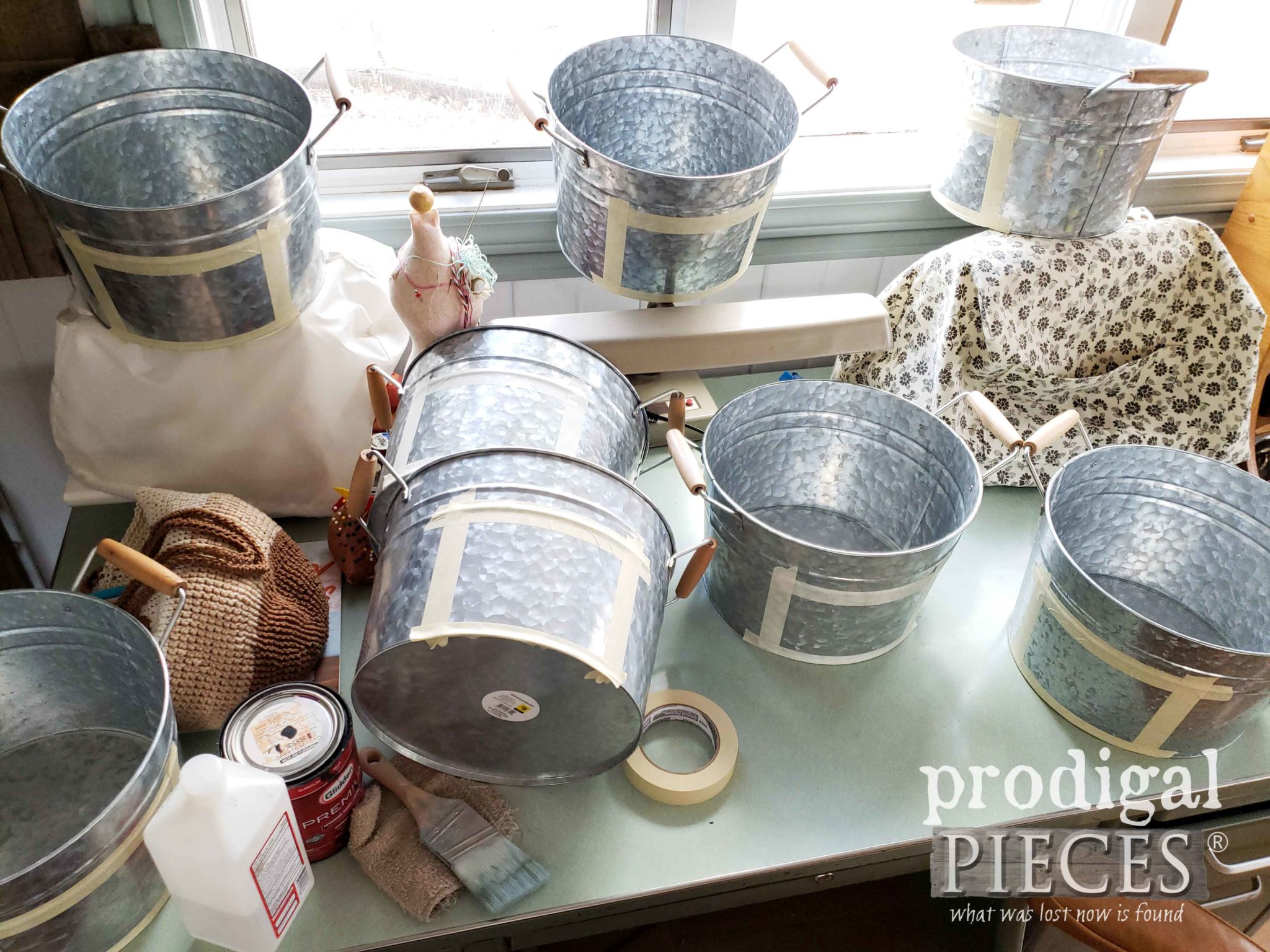 Adding Personalized Names to Galvanized Buckets | prodigalpieces.com