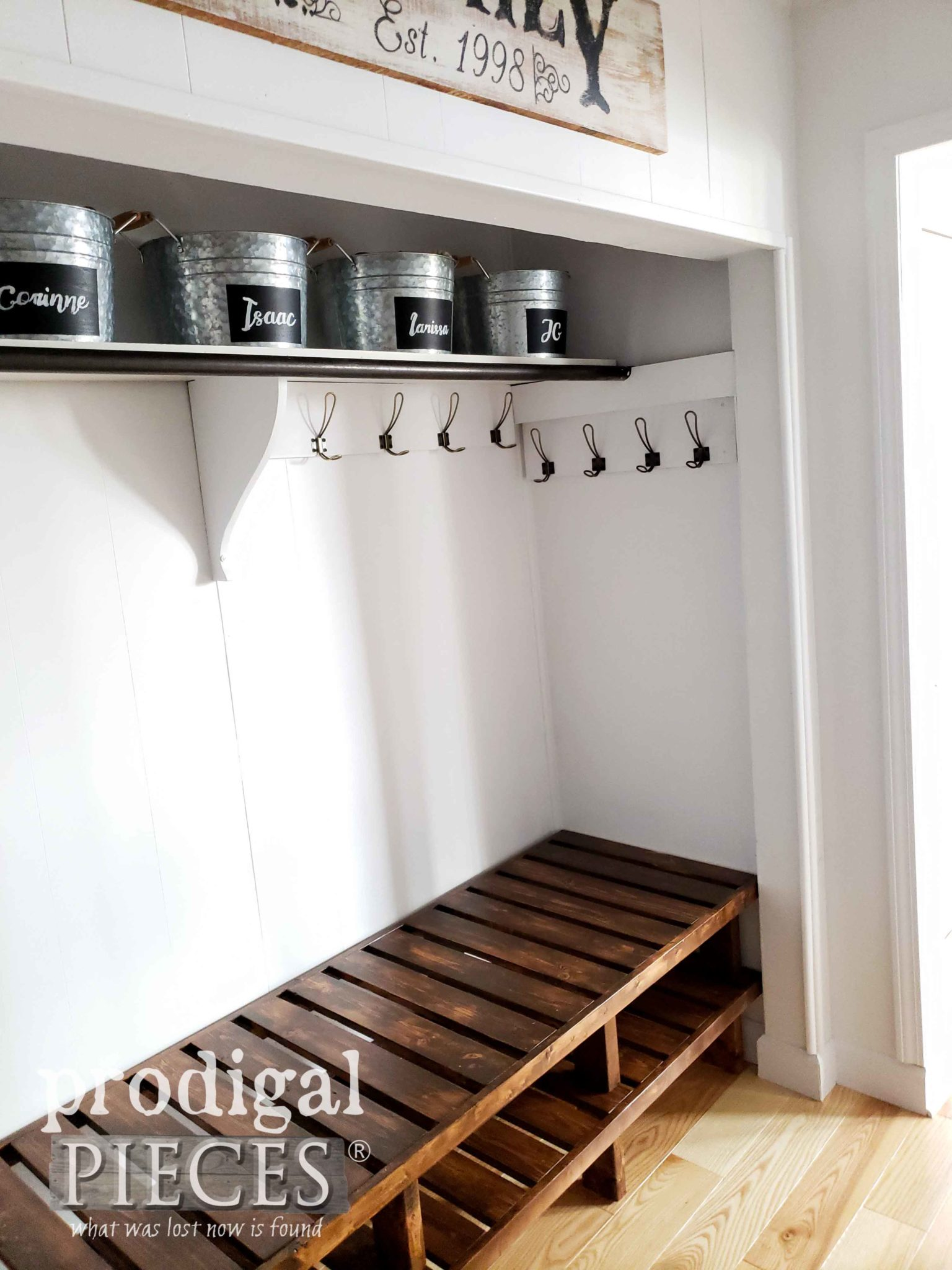 Custom Built Farmhouse Style Mudroom Bench by Larissa of Prodigal Pieces | prodigalpieces.com #prodigalpieces #diy #home #homedecor #farmhouse #storage