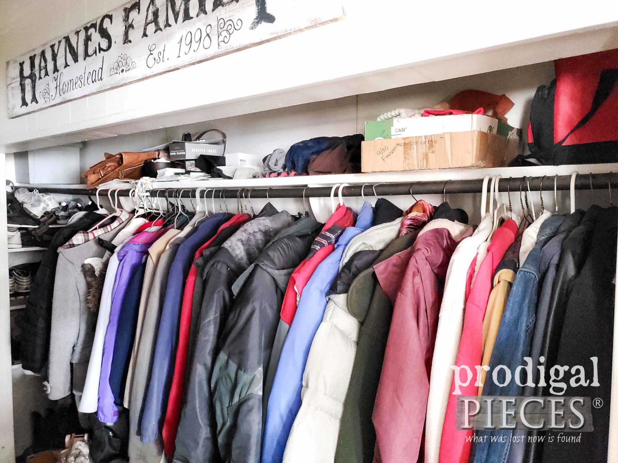 Mudroom Hat Shelf Before | prodigalpieces.com