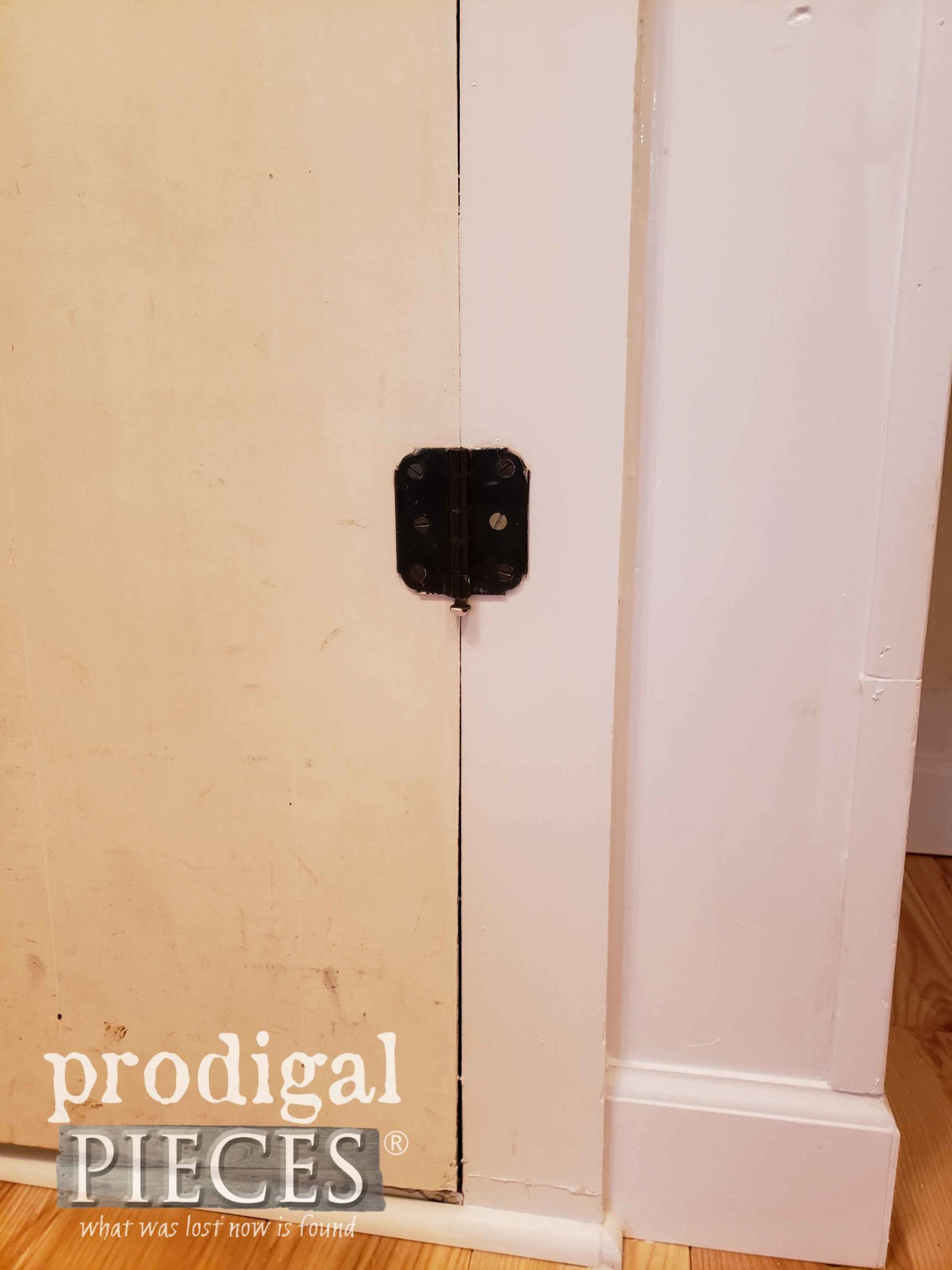 Old vs. New Paint in Mudroom Update | prodigalpieces.com
