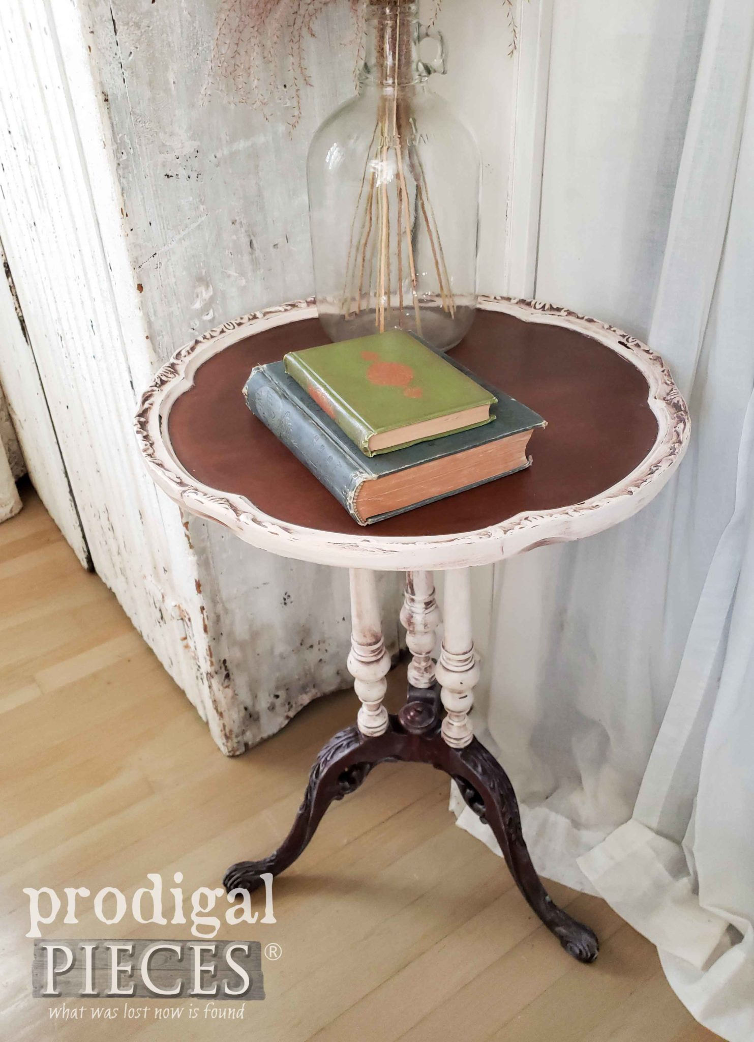 Ornate Antique Pie Crust Table Saved from the Trash by Larissa of Prodigal Pieces | prodigalpieces.com #prodigalpieces #diy #furniture #home #homedecor #farmhouse