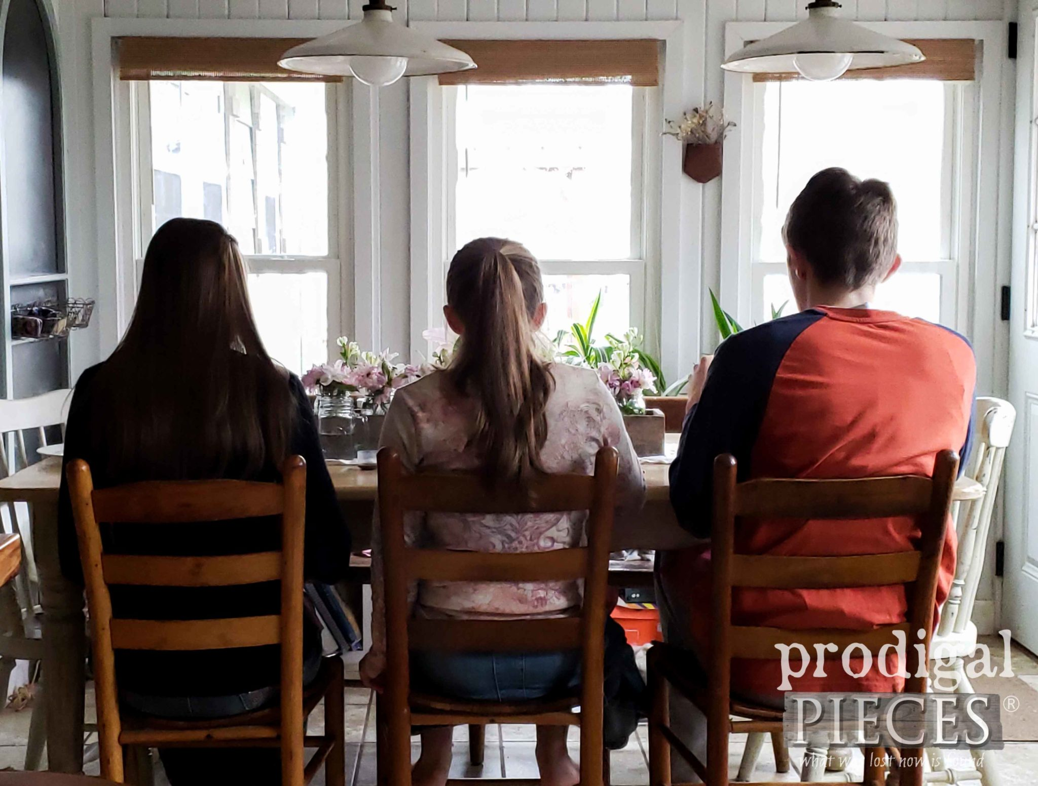 Teens at Dinner Table | Prodigal Pieces | prodigalpieces.com #prodigalpieces #homeisthekey #home