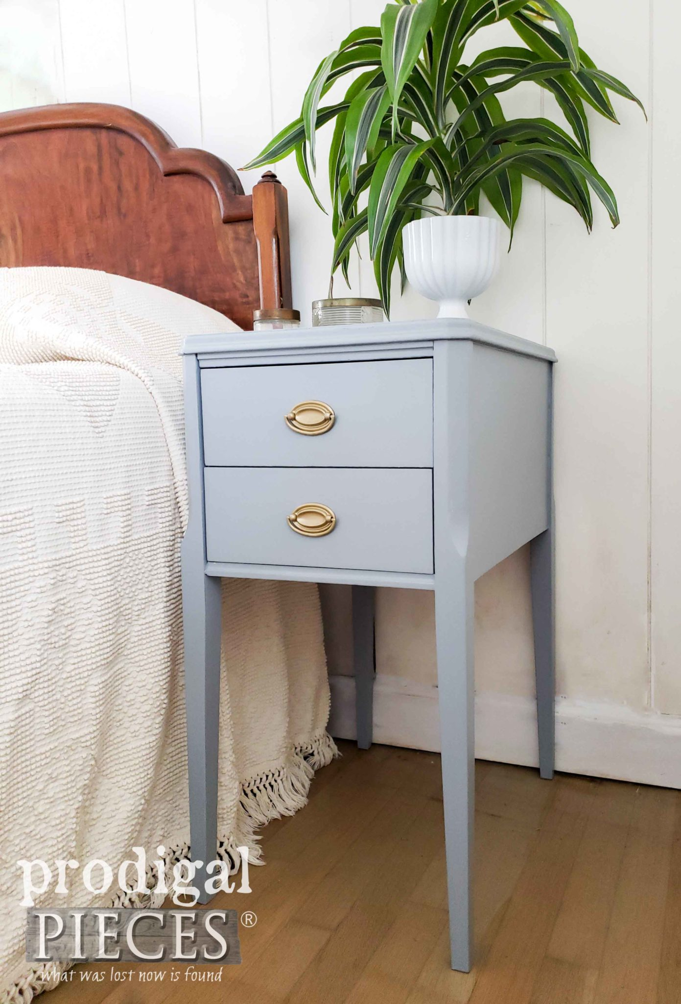Vintage Blue Gray Nightstand Found & Restored by Larissa of Prodigal Pieces | prodigalpieces.com #prodigalpieces #furniture #diy #vintage #home #homedecor