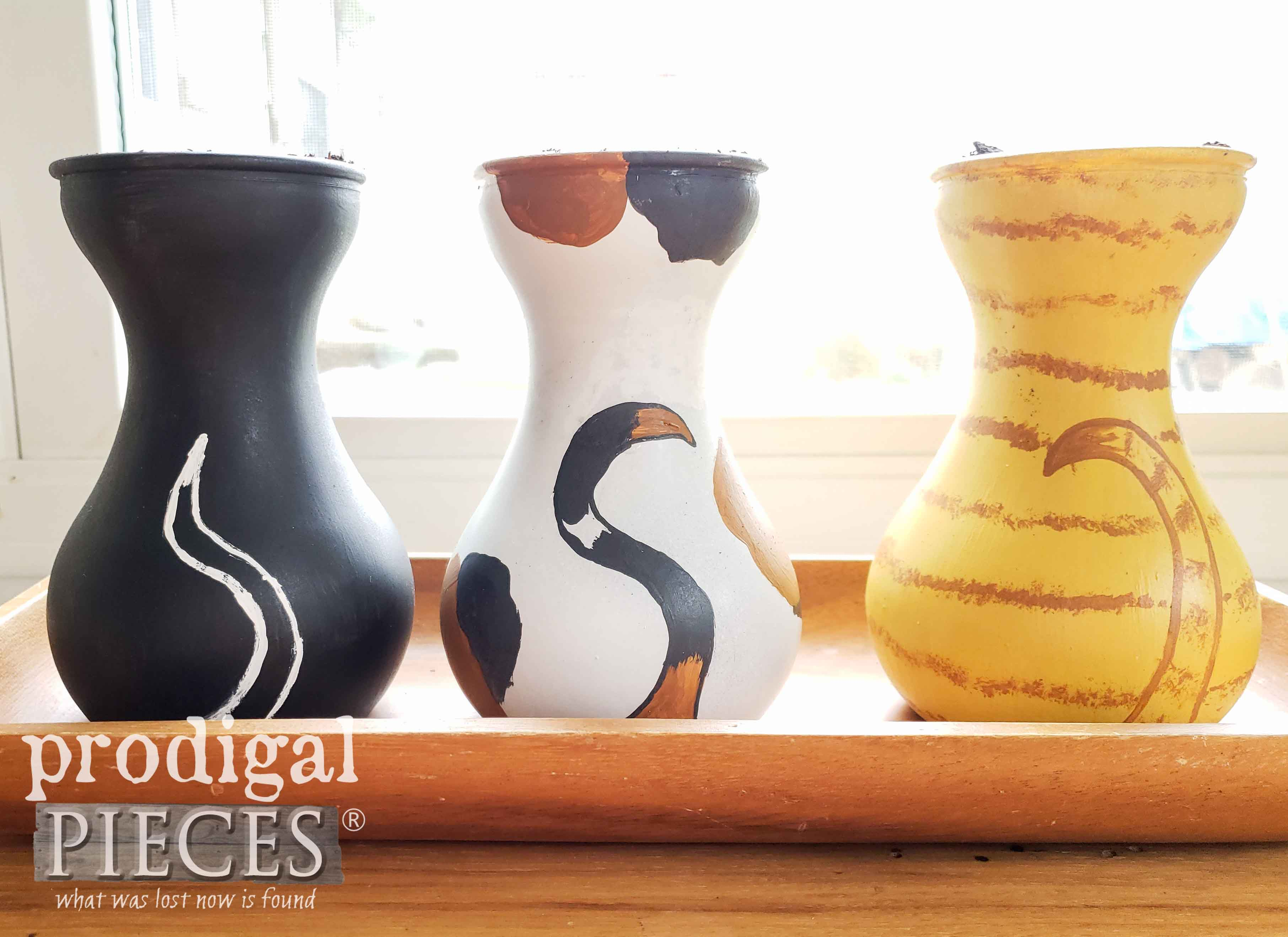 Adorable Cat Grass Vases created by Larissa of Prodigal Pieces | prodigalpieces.com #prodigalpieces #pets #cats #dogs #health #home #homedecor