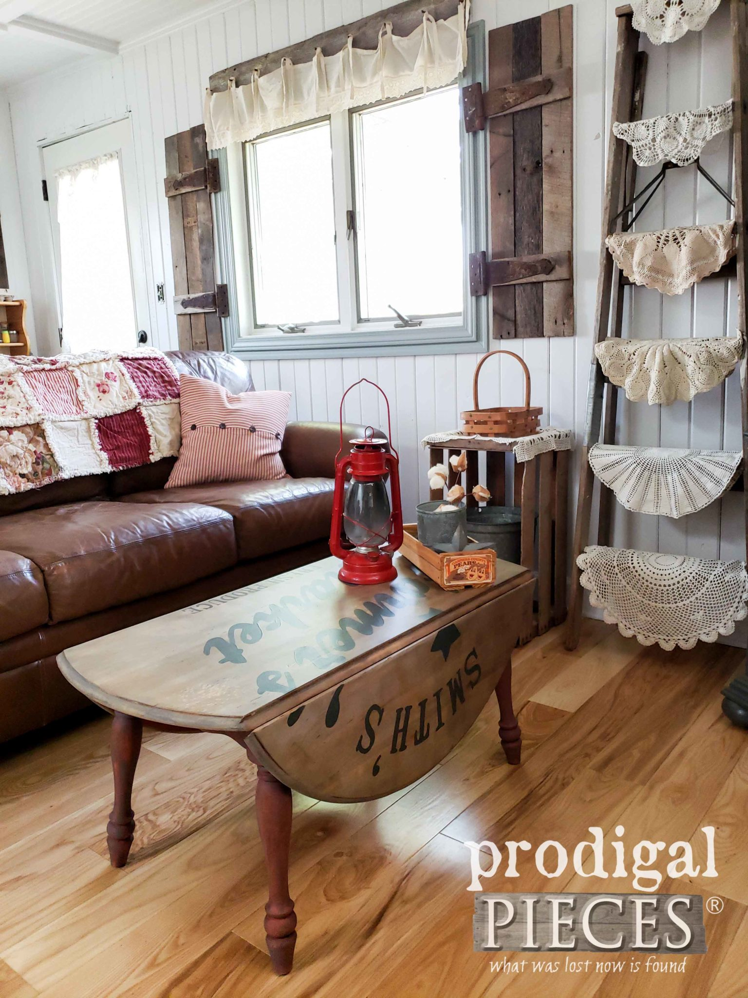 Rustic Farmhouse Style Living Room with Drop-Leaf Table by Larissa of Prodigal Pieces | prodigalpieces.com #prodigalpieces #home #furniture #homedecor #diy #vintage #farmhouse