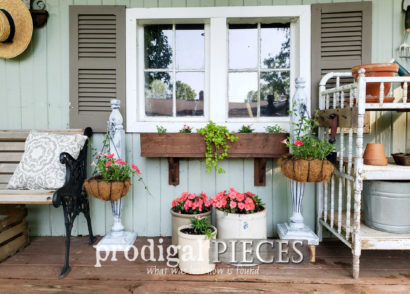 Featured Upcycled Footboard into Home & Garden Decor by Larissa of Prodigal Pieces | prodigalpieces.com #prodigalpieces #diy #home #homedecor #garden