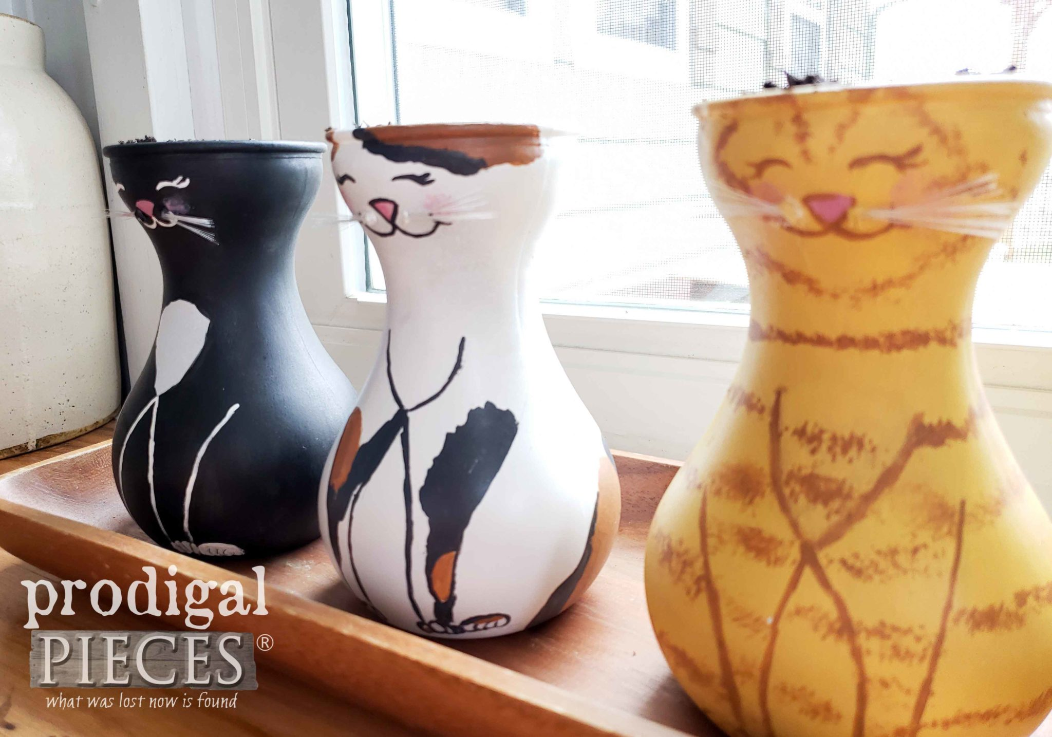 DIY Hand-Painted Cat Grass Vases by Larissa of Prodigal Pieces | prodigalpieces.com #prodigalpieces #pets #cats #dogs #health #home #homedecor