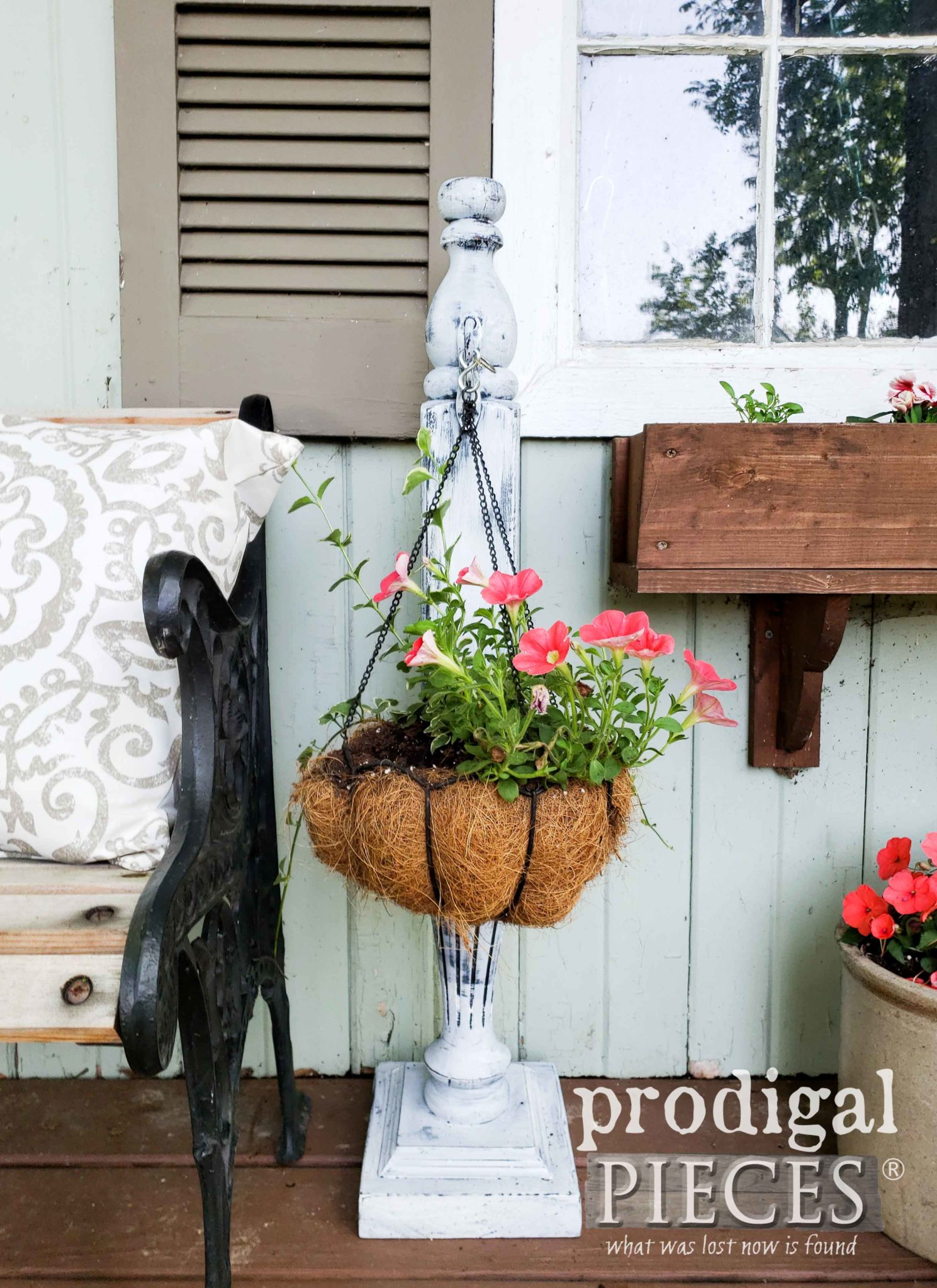 Reclaimed Bed Post Plant Hanger for Garden Decor | Tutorial by Larissa of Prodigal Pieces | prodigalpieces.com #prodigalpieces #diy #home #homedecor #garden #farmhouse