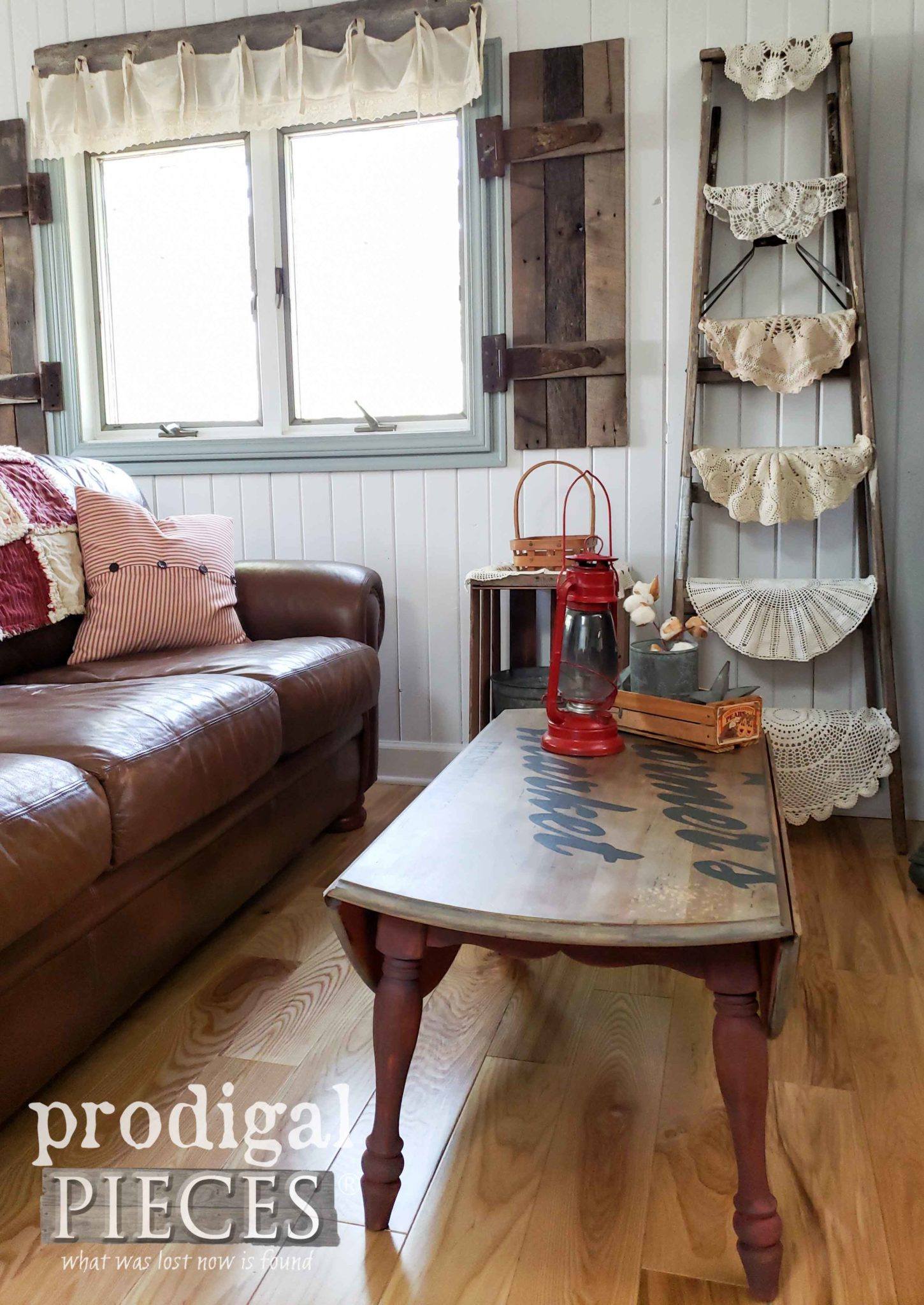 Rustic Farmhouse Living Room with Handmade Decor | See more at Prodigal Pieces | prodigalpieces.com #prodigalpieces #home #homedecor #furniture #vintage #farmhouse