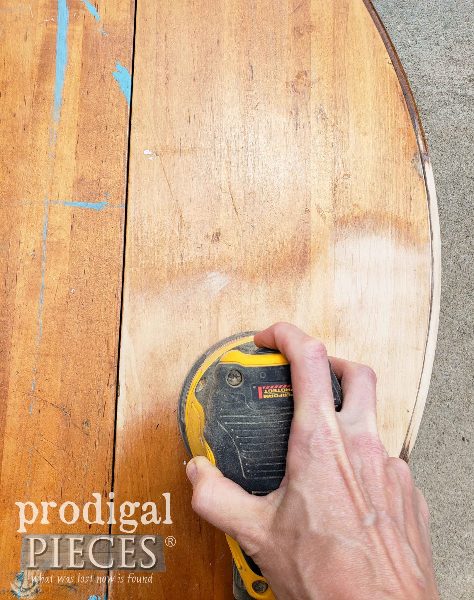 Sanding Damaged Coffee Table Top | prodigalpieces.com