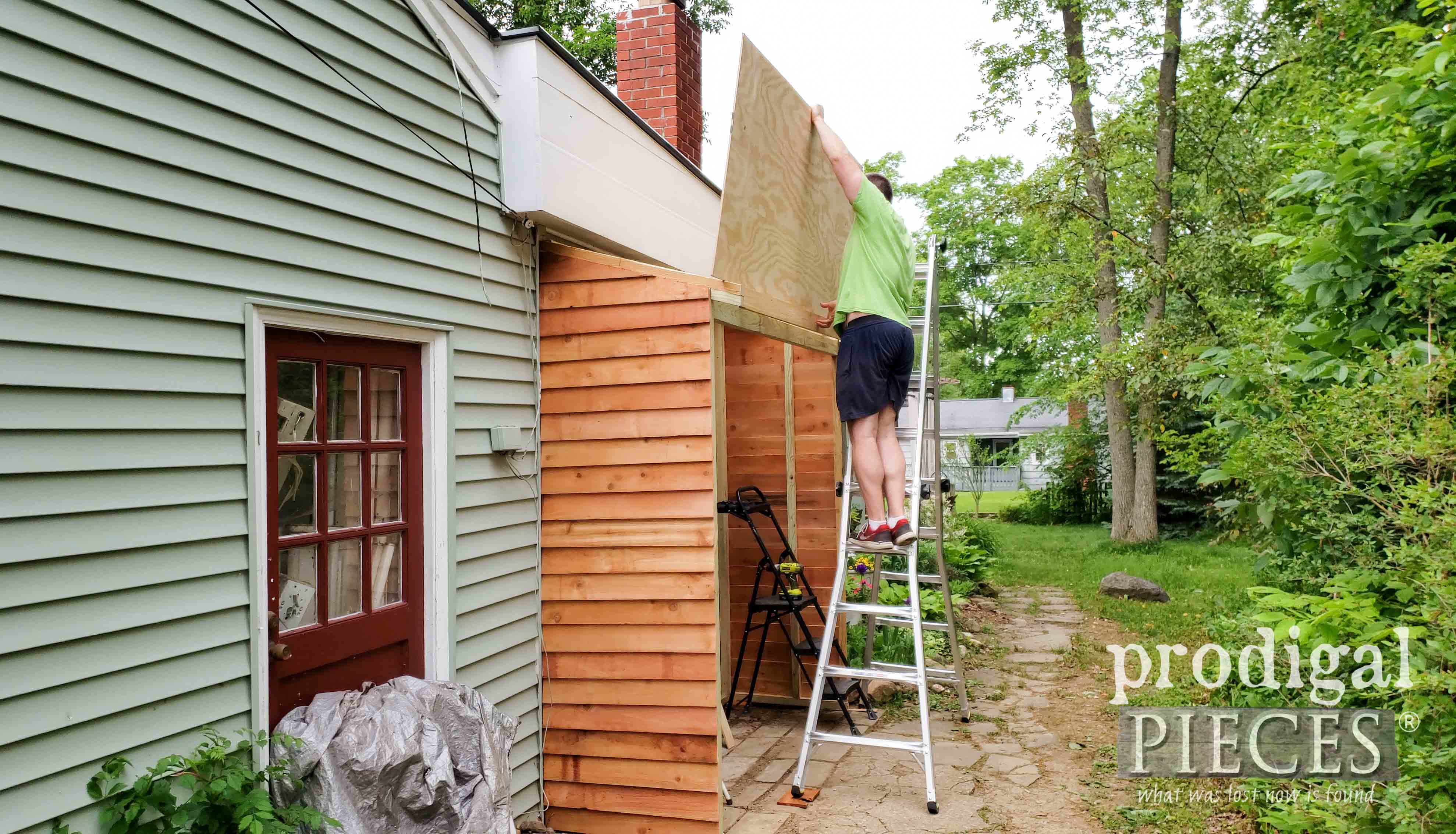 Adding Roof Sheating to Garden Shed | prodigalpieces.com