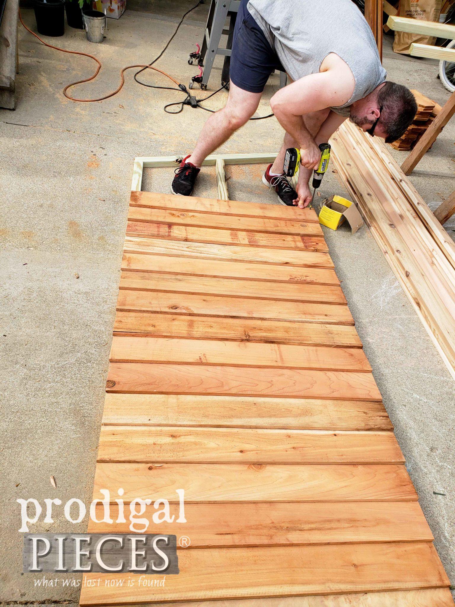 Assembling Garden Shed Wall | prodigalpieces.com
