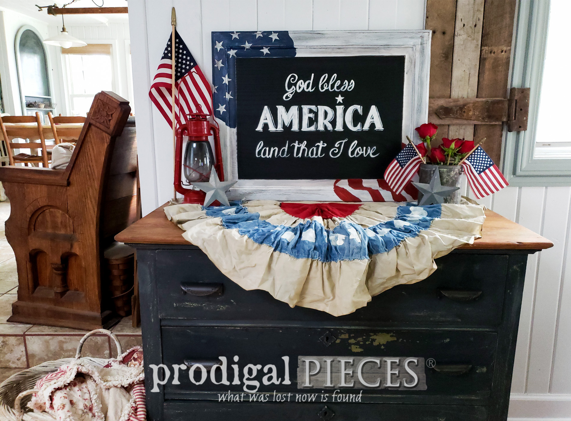 Featured DIY 4th of July Sign Created by a Cupboard Door | Video Tutorial by Larissa of Prodigal Pieces | Head to prodigalpieces.com #prodigalpieces #diy #home #homedecor #farmhouse #4thofjuly #independenceday