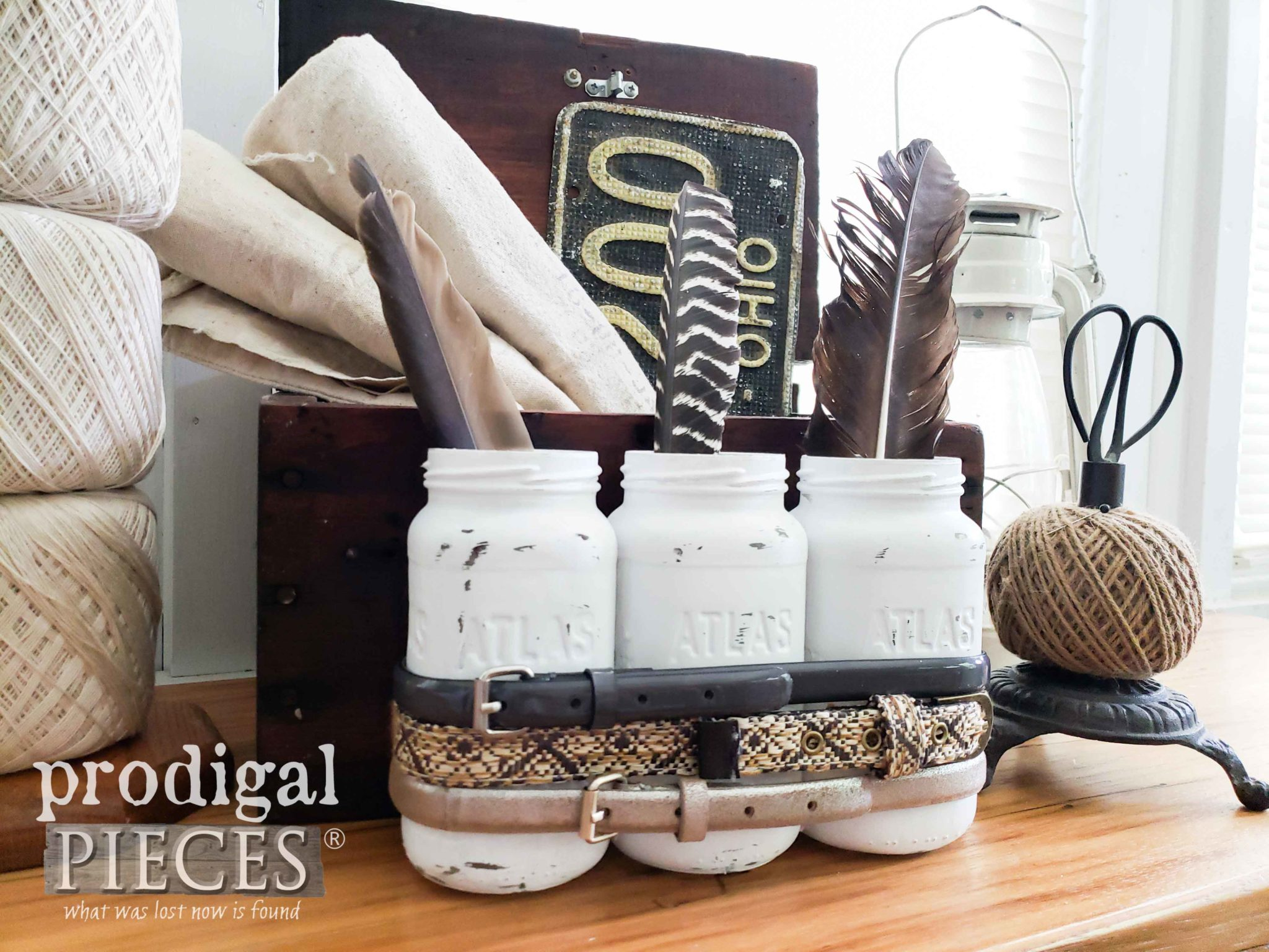 Industrial Farmhouse DIY Decor Using Thrifted Items by Larissa of Prodigal Pieces   prodigalpieces.com #prodigalpieces #farmhouse #homedecor #diy