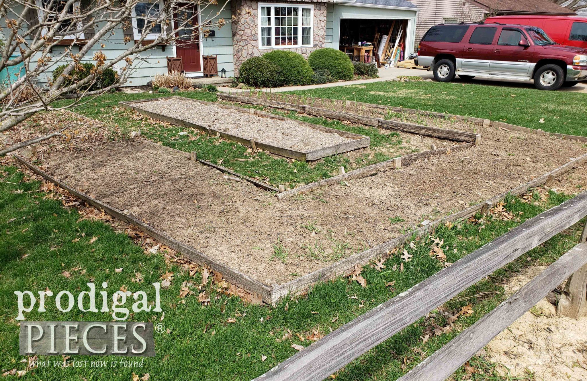 Left Side View of City Raised Garden Beds by Prodigal Pieces | prodigalpieces.com #prodigalpieces #diy #home