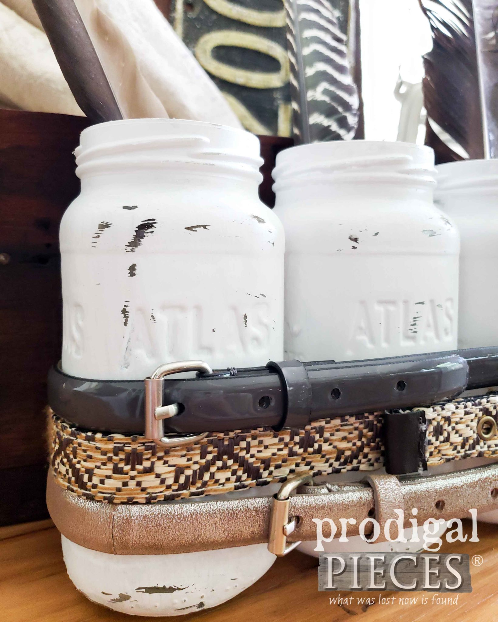 Painted Canning Jars Upcycled into Farmhouse Decor by Larissa of Prodigal Pieces | prodigalpieces.com #prodigalpieces #farmhouse #rustic #home #homedecor