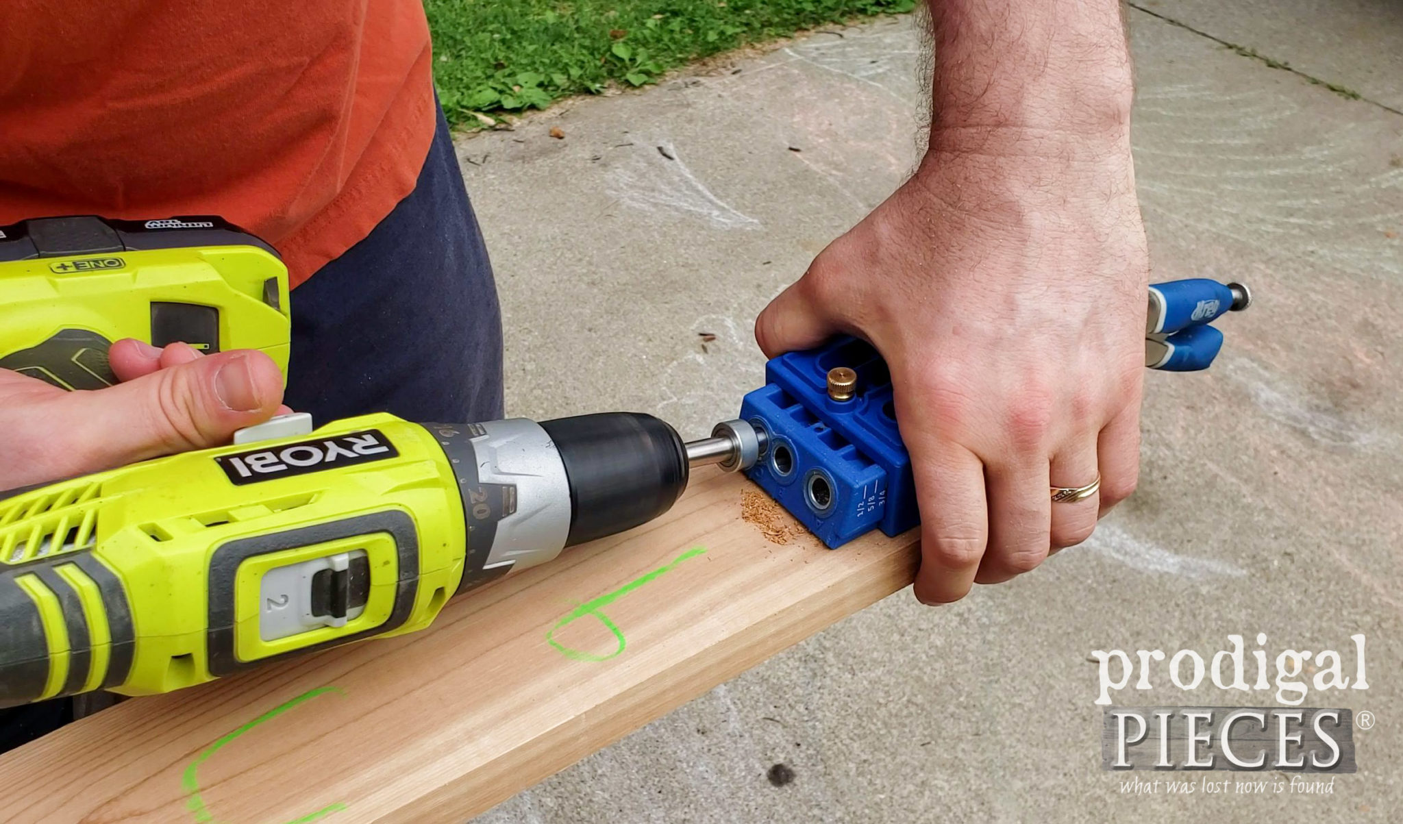 Kreg Jig to Create Pocket Hole Joints in Garden Shed Door Frame | prodigalpieces.com