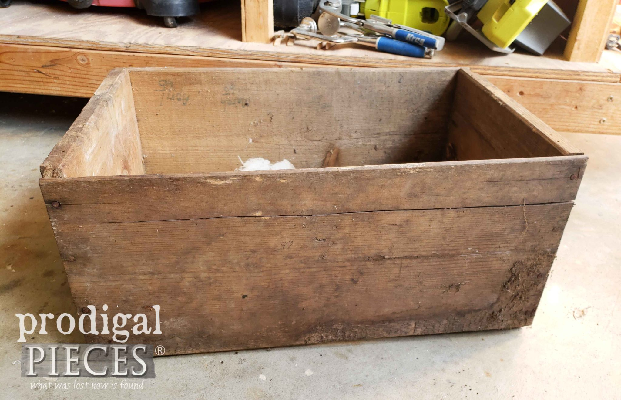 Antique Crate Before Upcycling | prodigalpieces.com