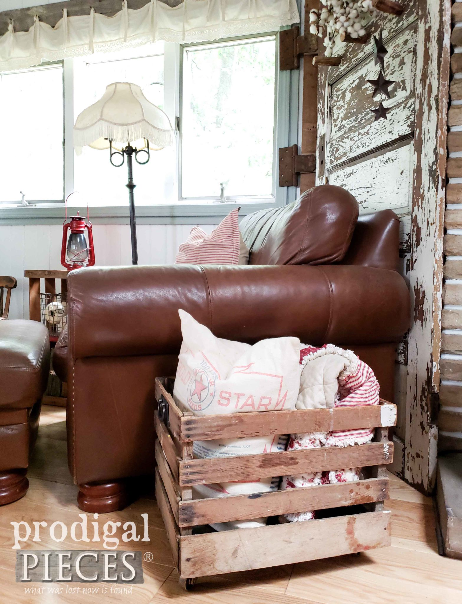 Antique Crate Turned into Pillow & Throw Bin for Farmhouse Decor by Larissa of Prodigal Pieces | prodigalpieces.com #prodigalpieces #farmhouse #diy #homedecor #upcycled #home