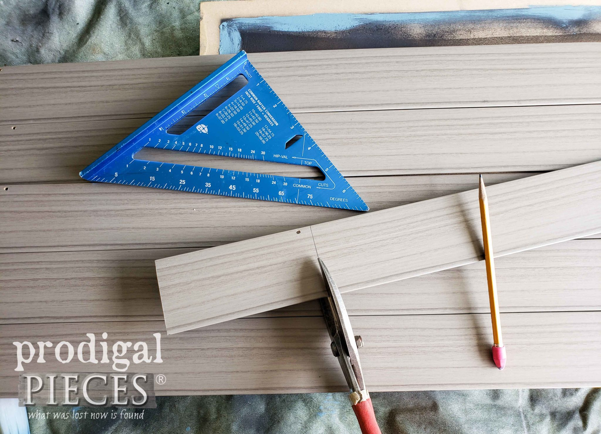 Cutting Faux Wood Blinds Slat to Create Art by Larissa of Prodigal Pieces | prodigalpieces.com #prodigalpieces