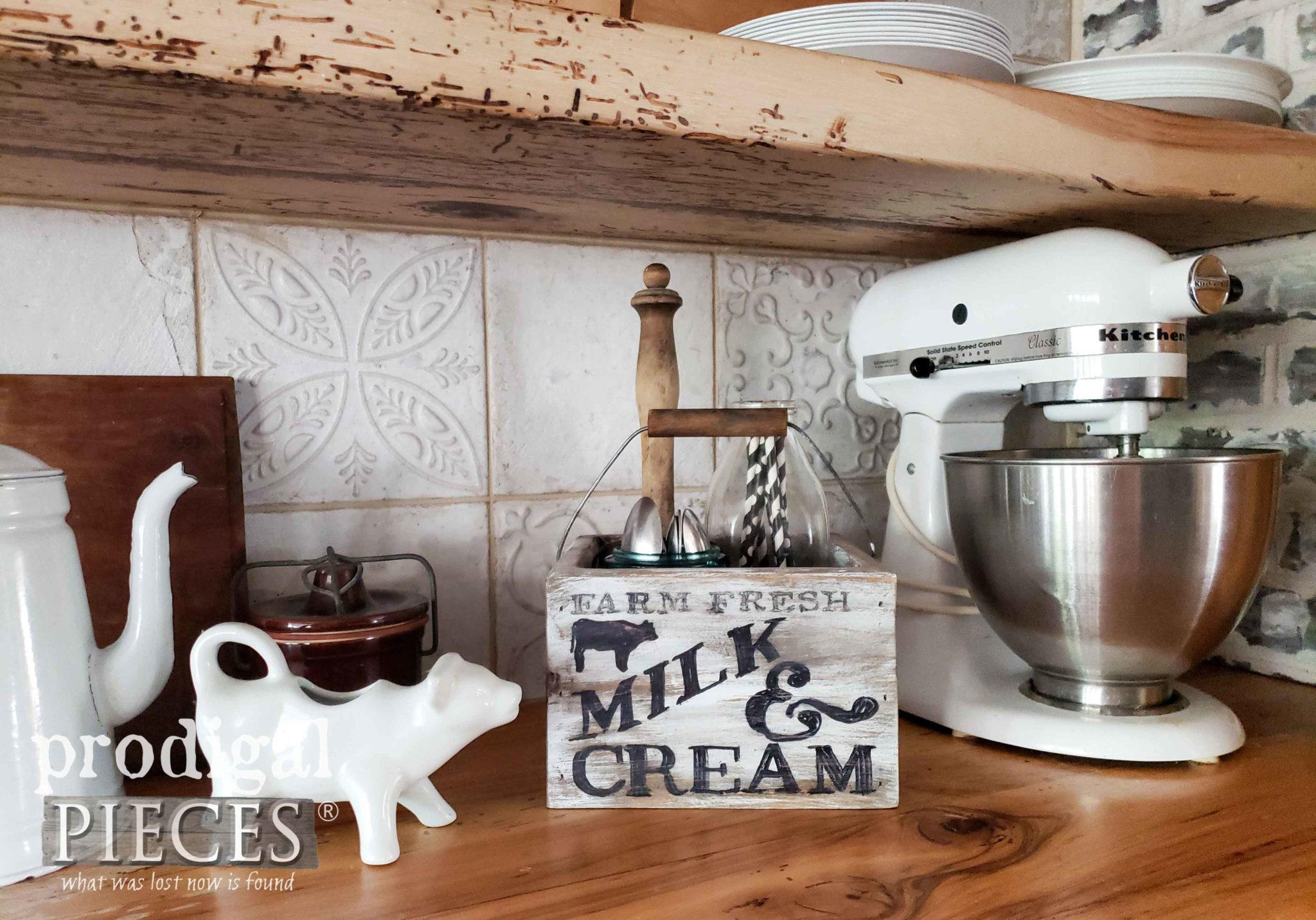 Farmhouse Style Kitchen Storage with Video Tutorial by Larissa of Prodigal Pieces | prodigalpieces.com #prodigalpieces #farmhouse #diy #home #homedecor #storage #kitchen