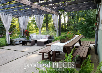 Featured Update Outdoor Furniture the Easy Way with Larissa of Prodigal Pieces & HomeRight | prodigalpieces.com #prodigalpieces #diy #outdoor #home #homedecor #patio
