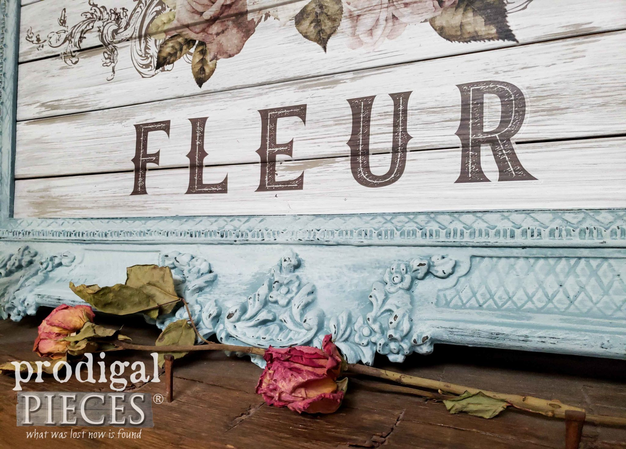 French Flower Graphic Art by Larissa of Prodigal Pieces | prodigalpieces.com #prodigalpieces #diy #french #shabbychic #farmhouse #home #homedecor
