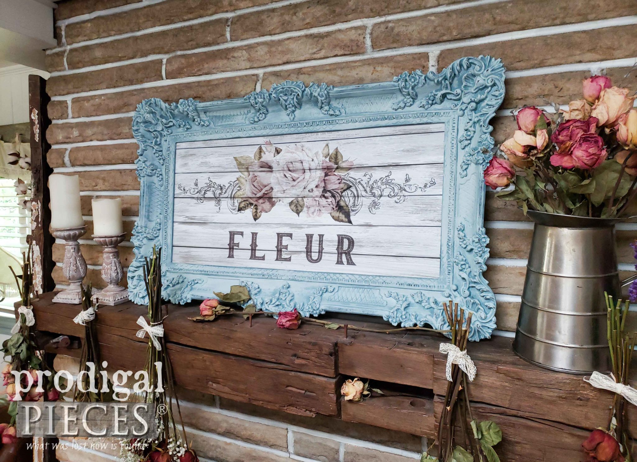 French Farmhouse Shabby Chic Wall Art by Larissa of Prodigal Pieces with video tutorial | Head to prodigalpieces.com #prodigalpieces #french #farmhouse #shabbychic #cottage #home #homedecor