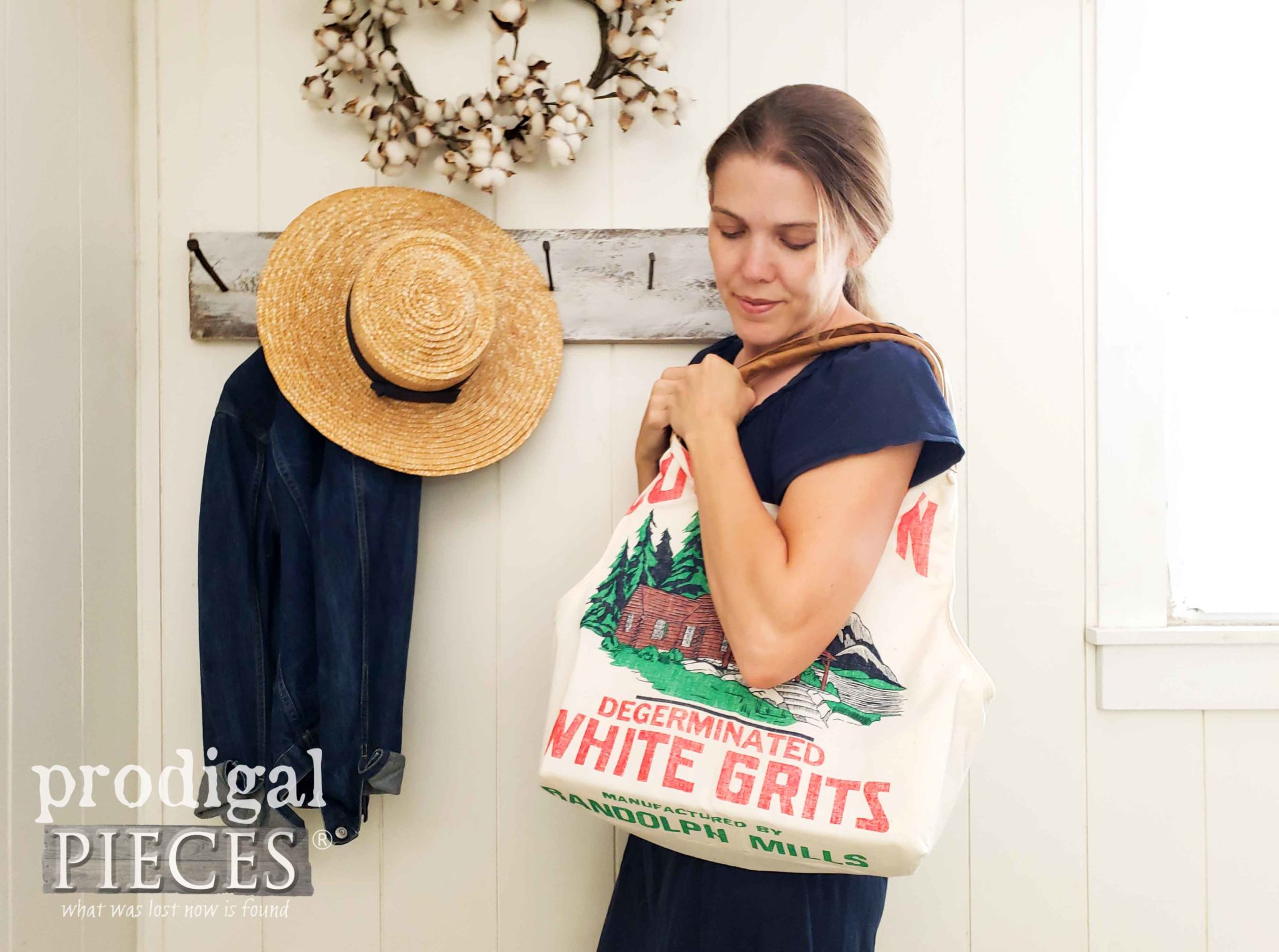 Larissa of Prodigal Pieces creates handmade fashion in her Reduce, Reuse, Refashion series. Feed sack tote bag available in her shop | prodigalpieces.com #prodigalpieces #diy #sewing #farmhouse #fashion #style #purse